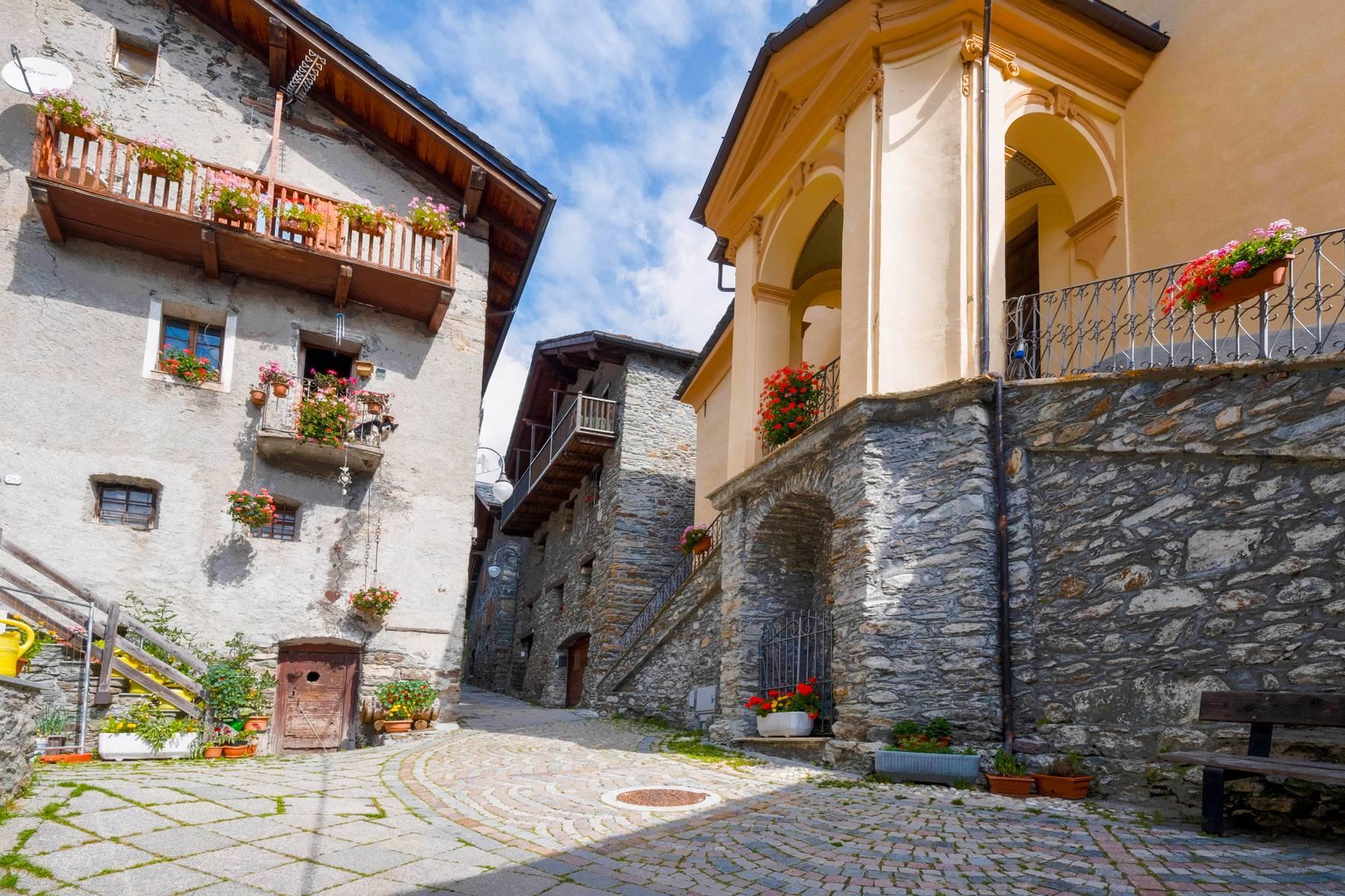 Chalet in einem typischen Berg-Dorf - 1