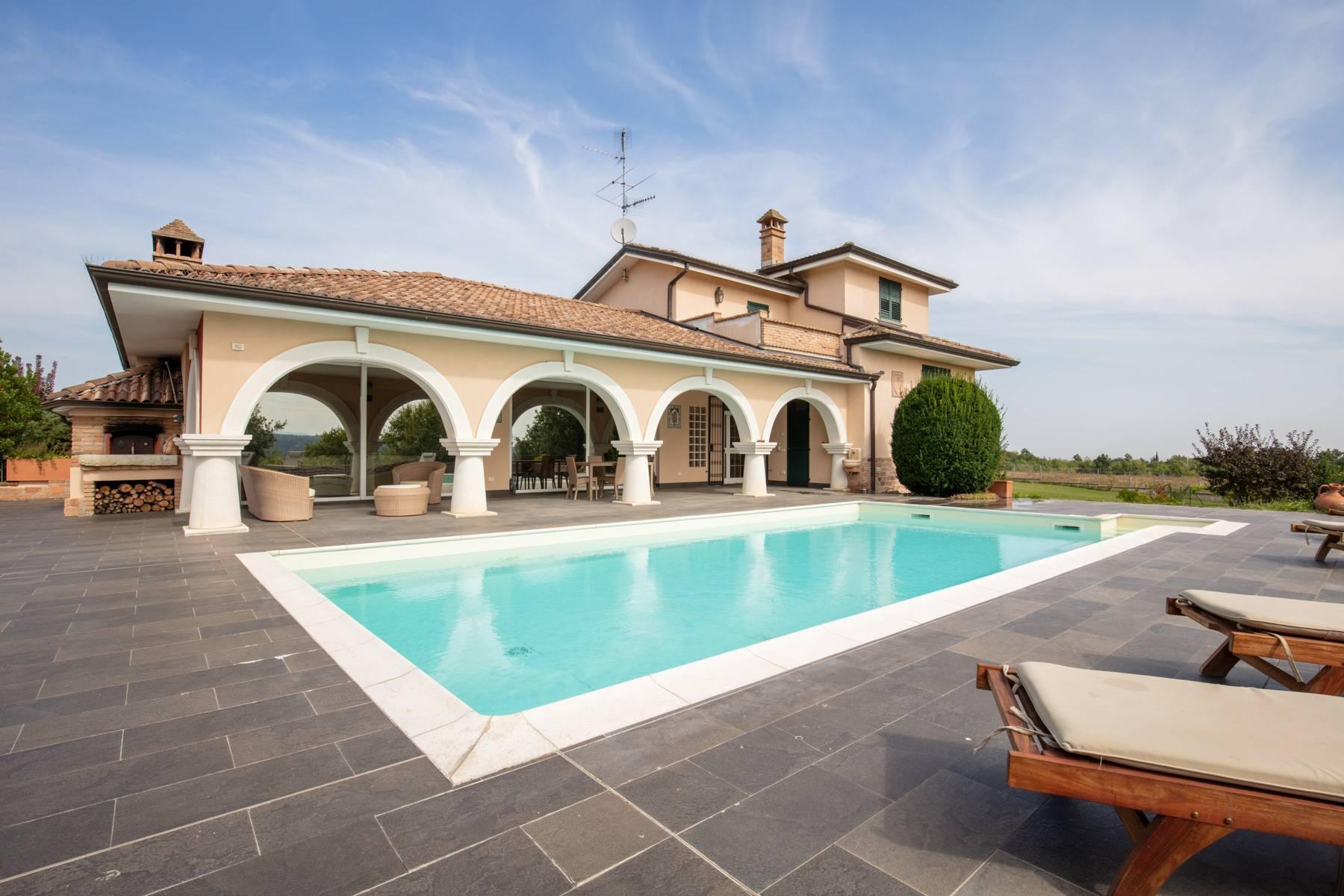 Villa con piscina nelle colline piacentine - 2