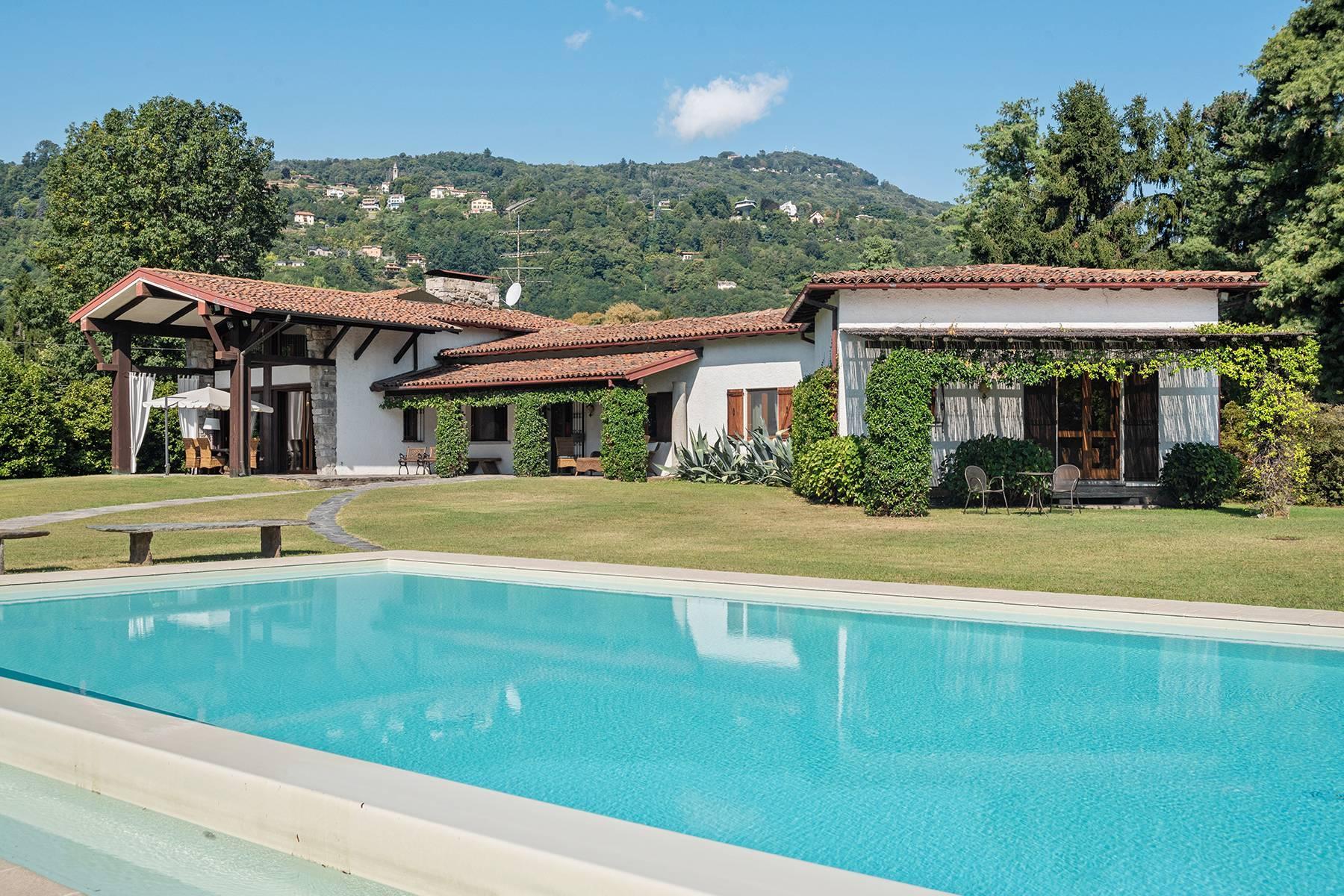 Charmante Villa in Lesa, mitten in der Natur - 14