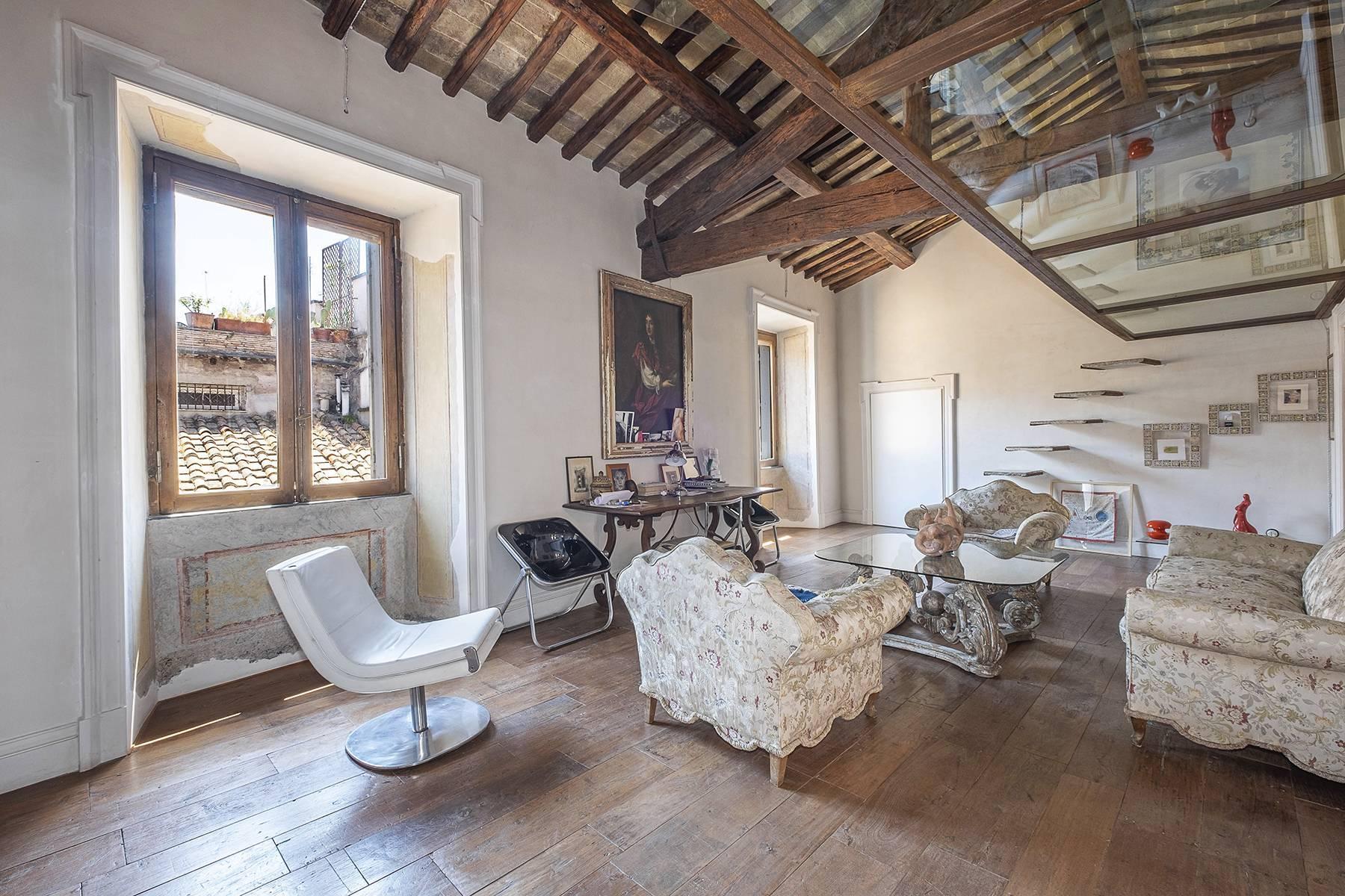 Splendido attico ristrutturato con giardini pensili panoramici - 18