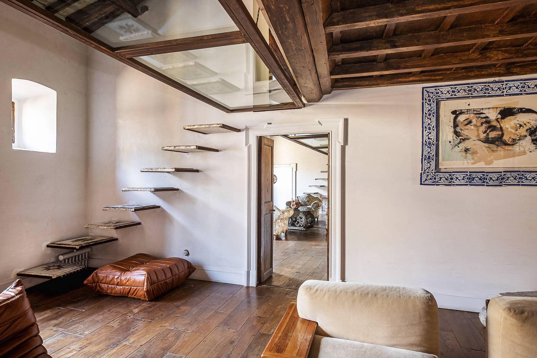 Splendido attico ristrutturato con giardini pensili panoramici - 12