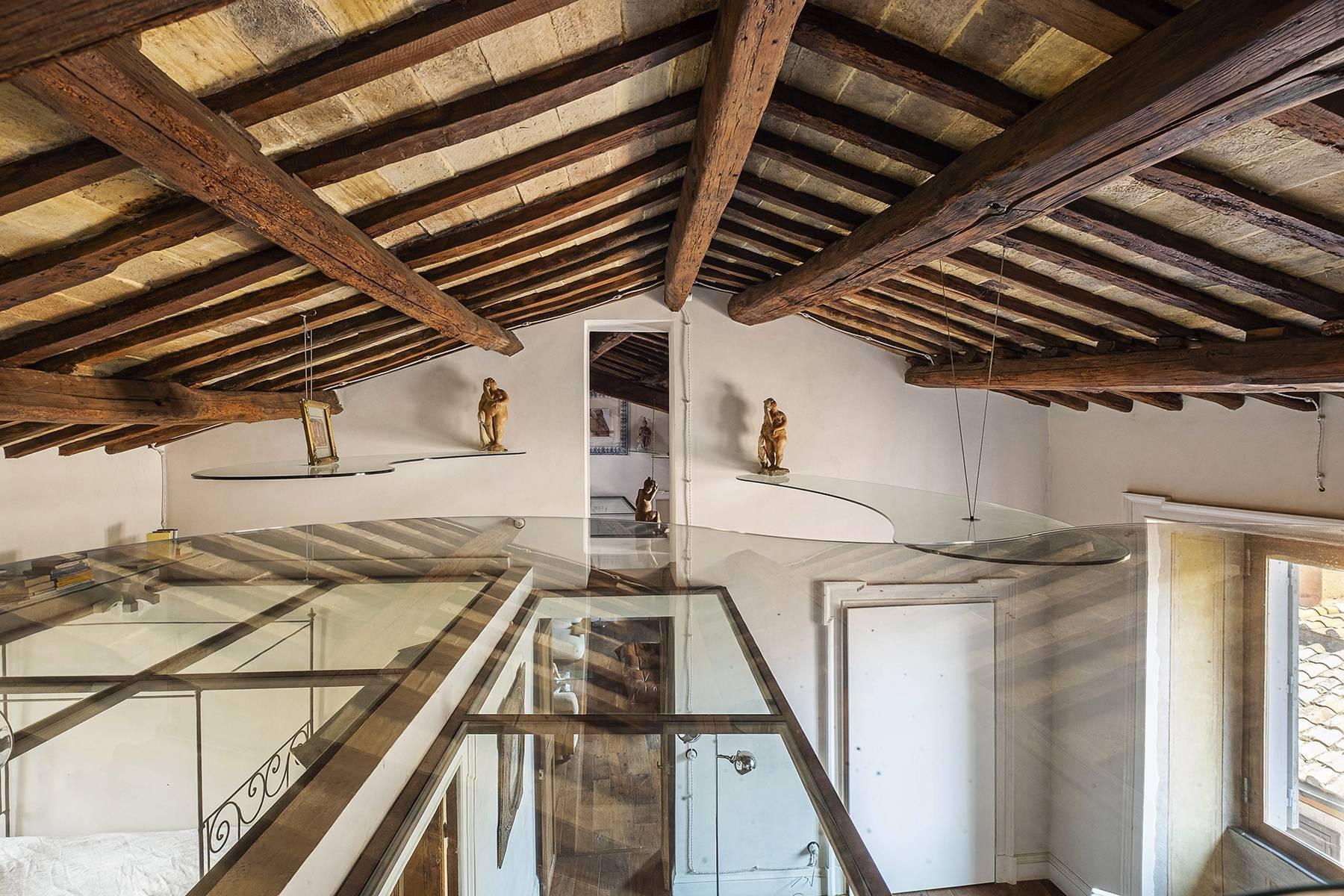 Splendido attico ristrutturato con giardini pensili panoramici - 19