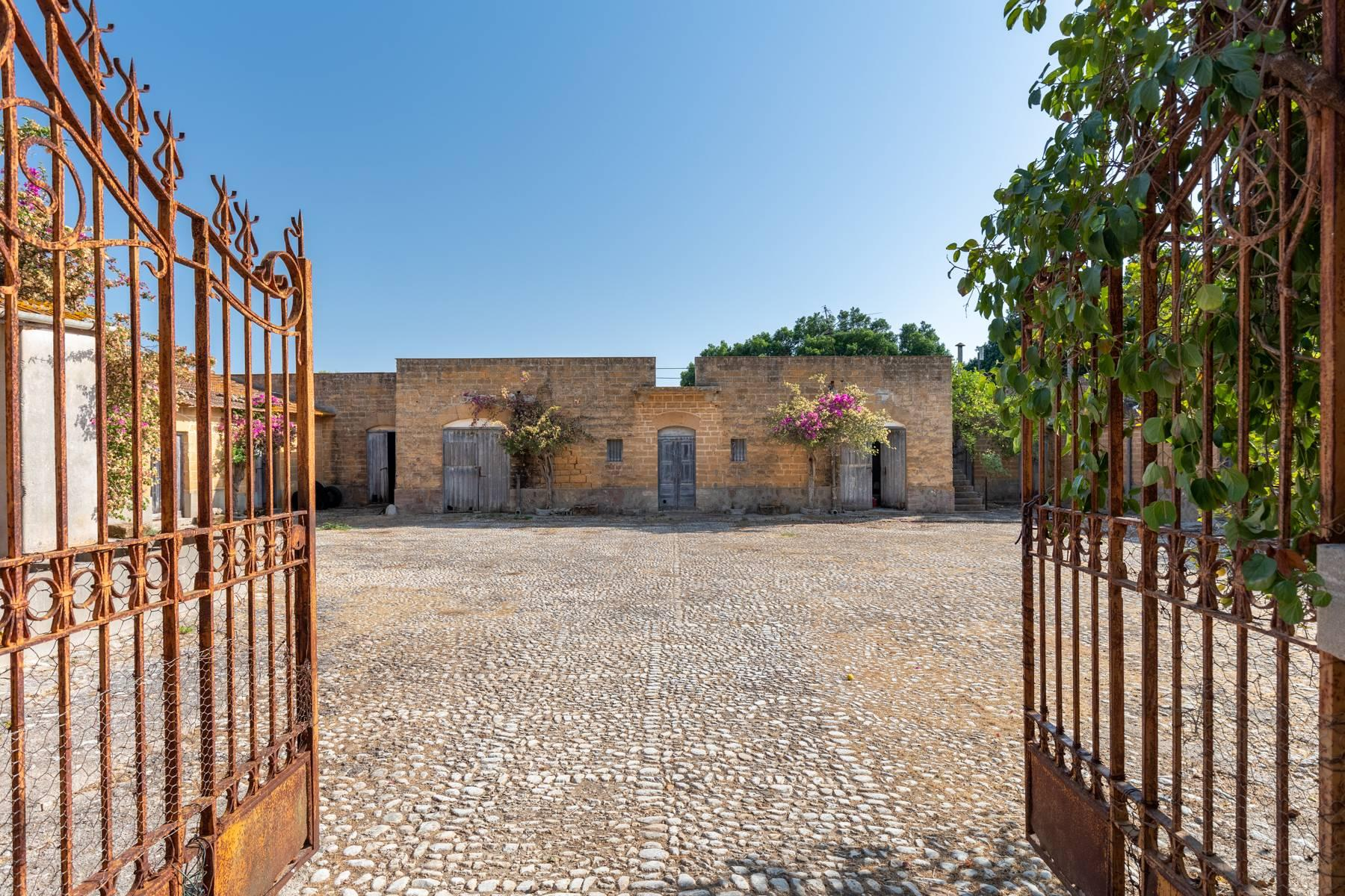 Charming farmhouse immersed in the Agrigento countryside - 1
