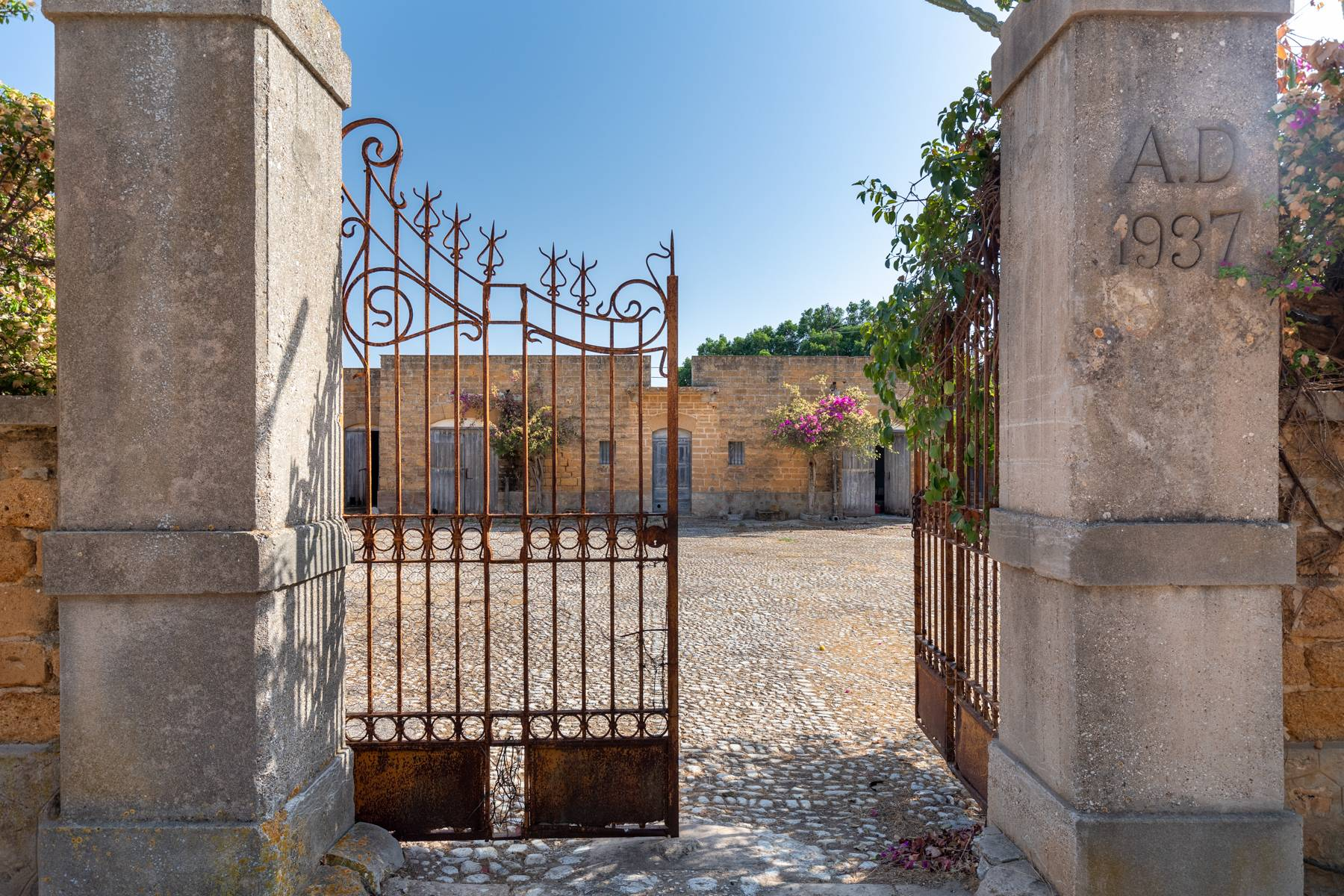 Charming farmhouse immersed in the Agrigento countryside - 4