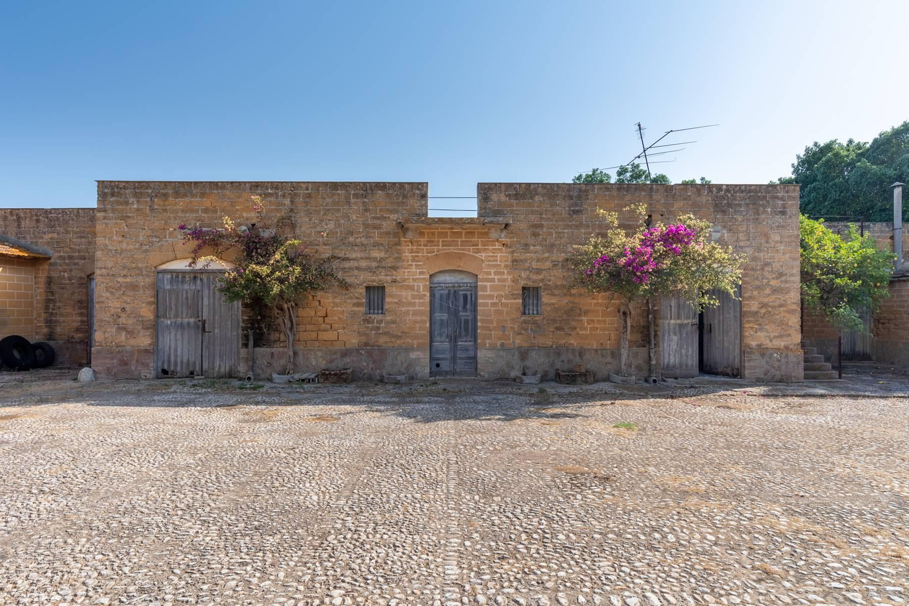 Charming farmhouse immersed in the Agrigento countryside - 2