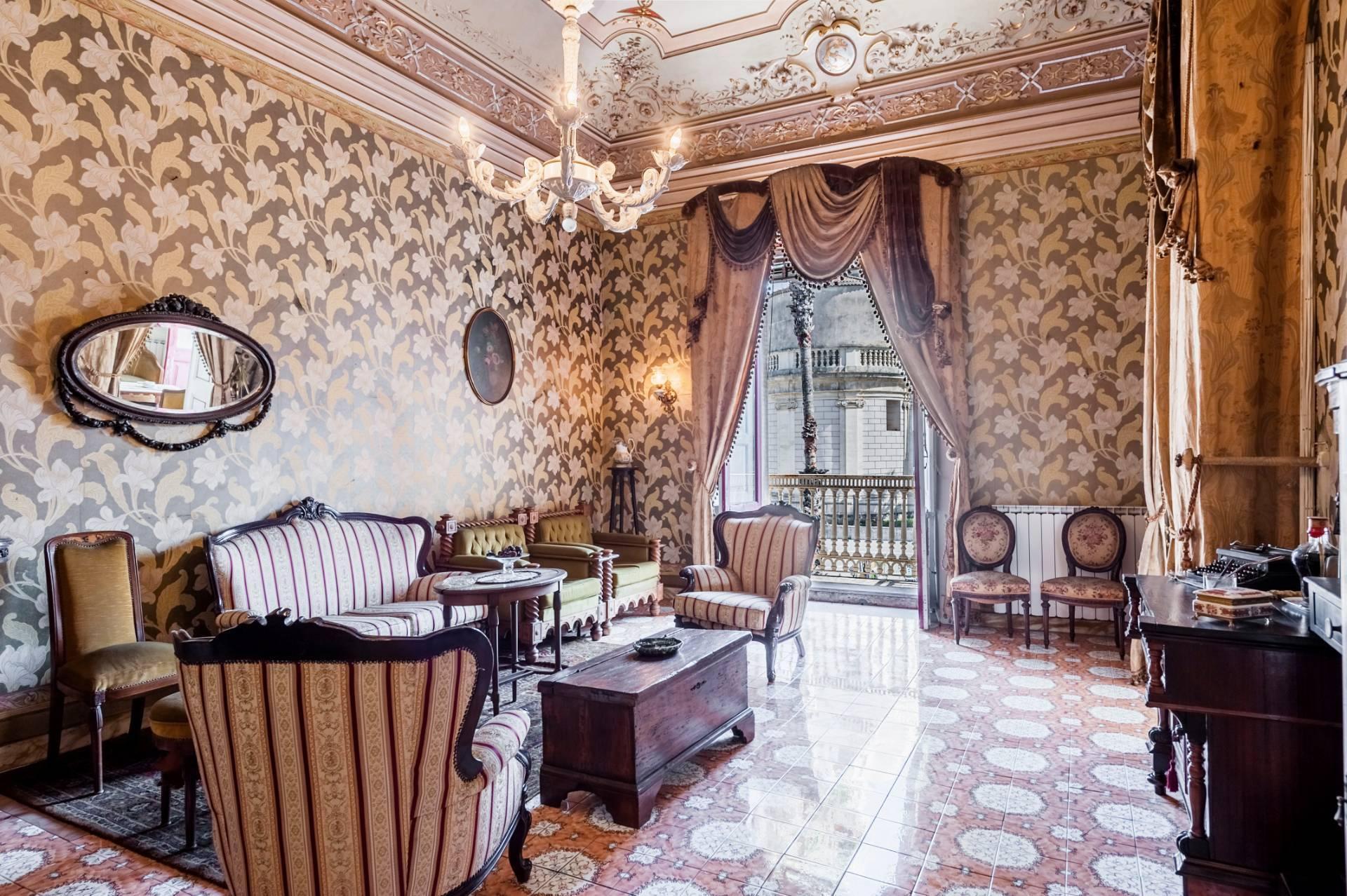 Elegante appartamento nel cuore di Piazza Duomo - 4