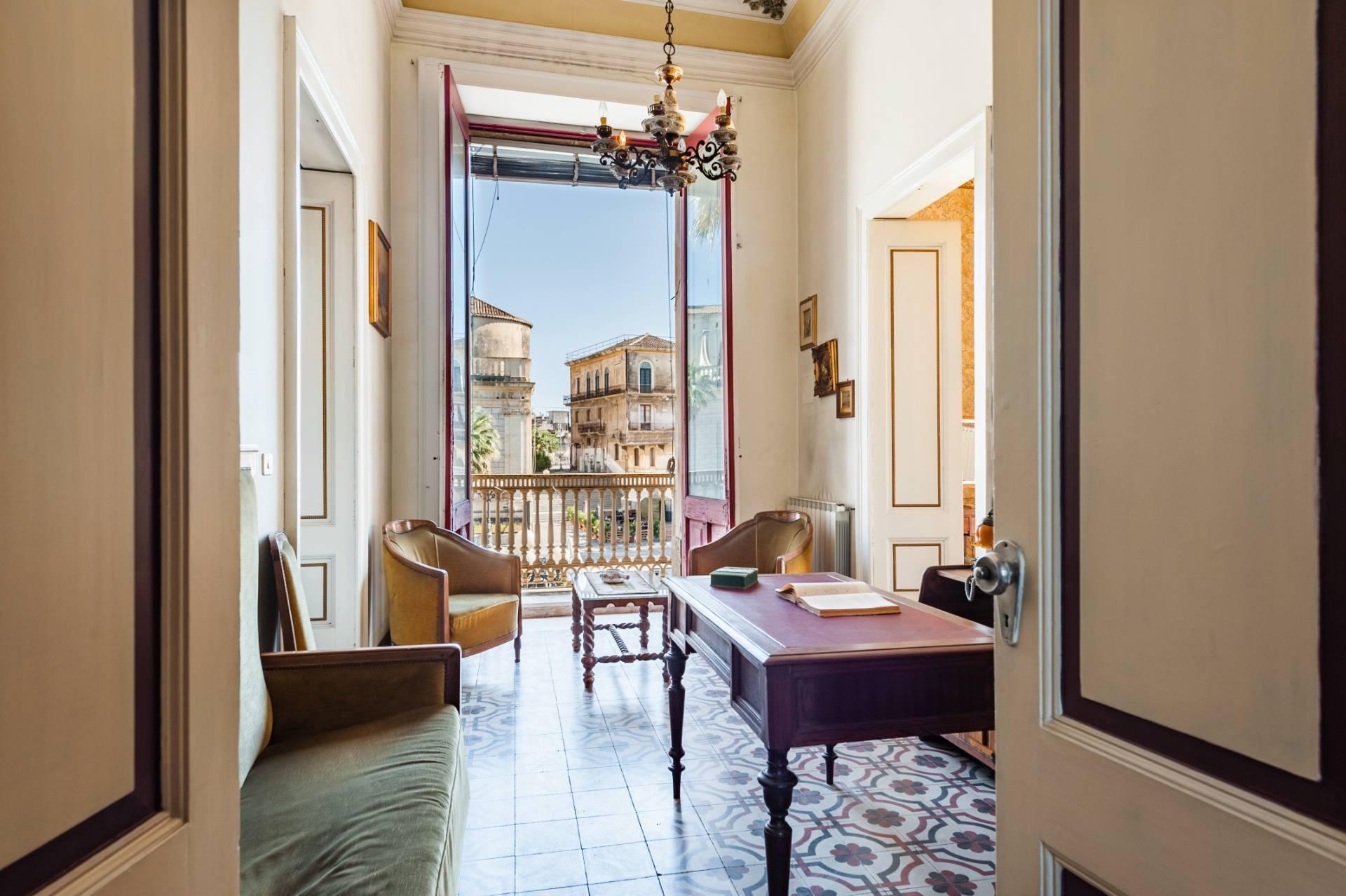 Elegante appartamento nel cuore di Piazza Duomo - 8