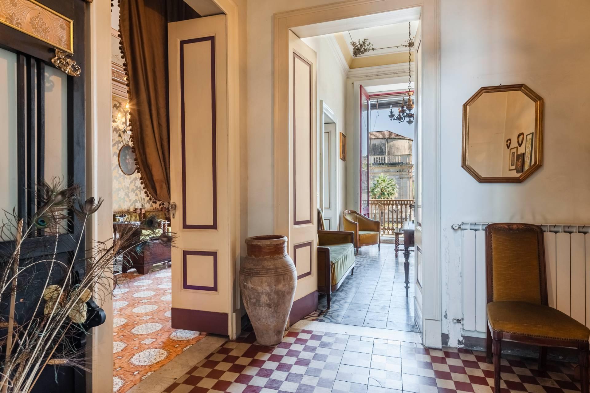 Elegante appartamento nel cuore di Piazza Duomo - 3