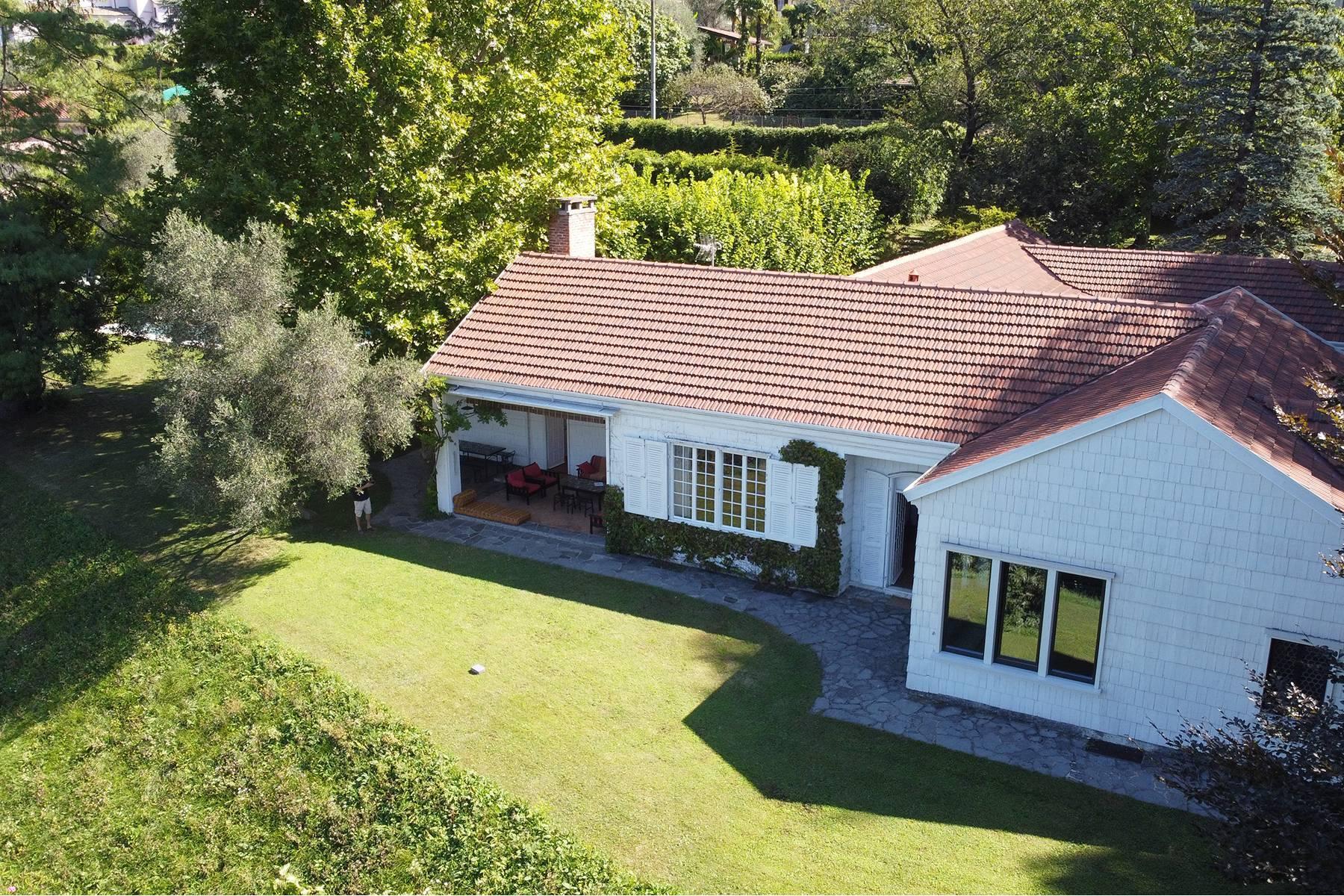 Splendida villa d'epoca con vista lago mozzafiato - 3