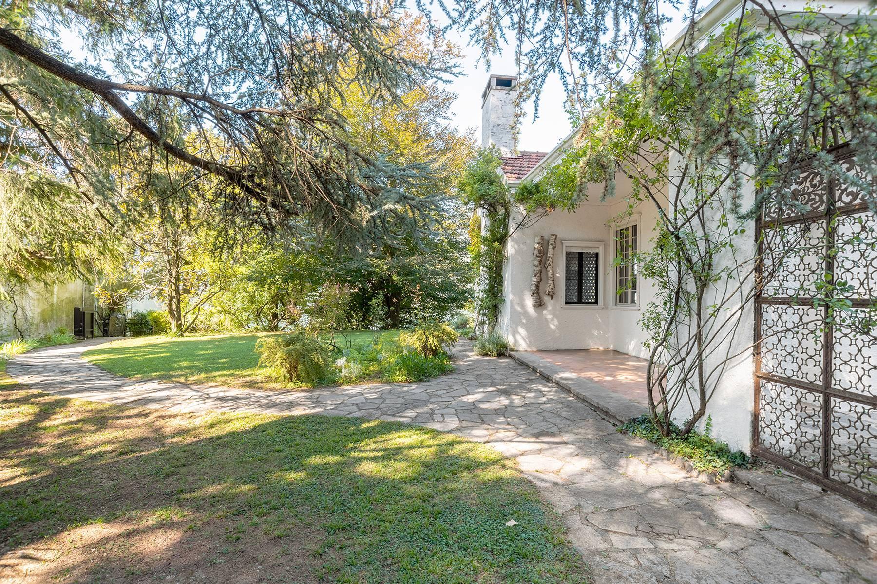 Splendida villa d'epoca con vista lago mozzafiato - 8