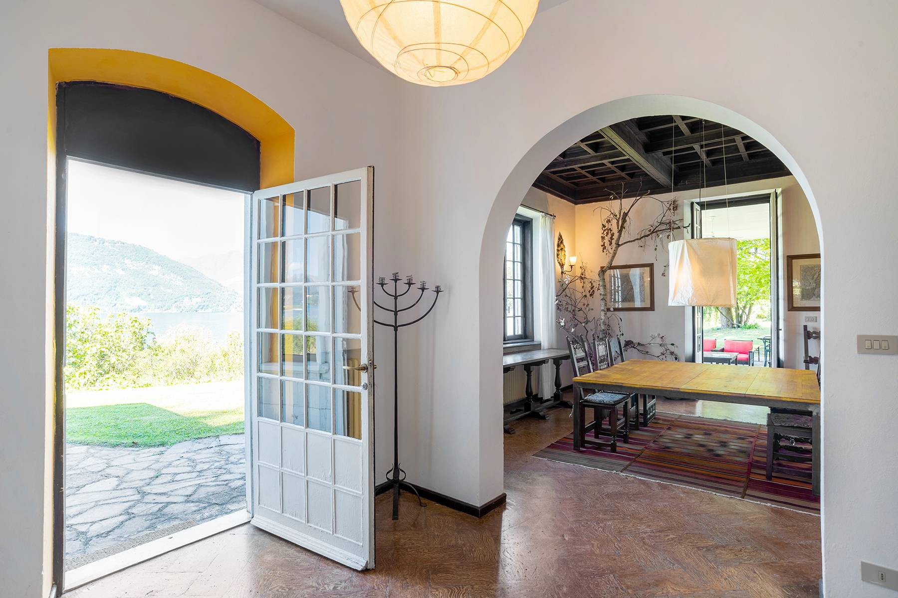 Splendida villa d'epoca con vista lago mozzafiato - 13