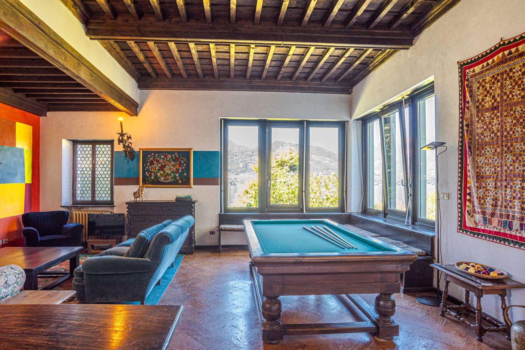 Splendida villa d'epoca con vista lago mozzafiato - 15