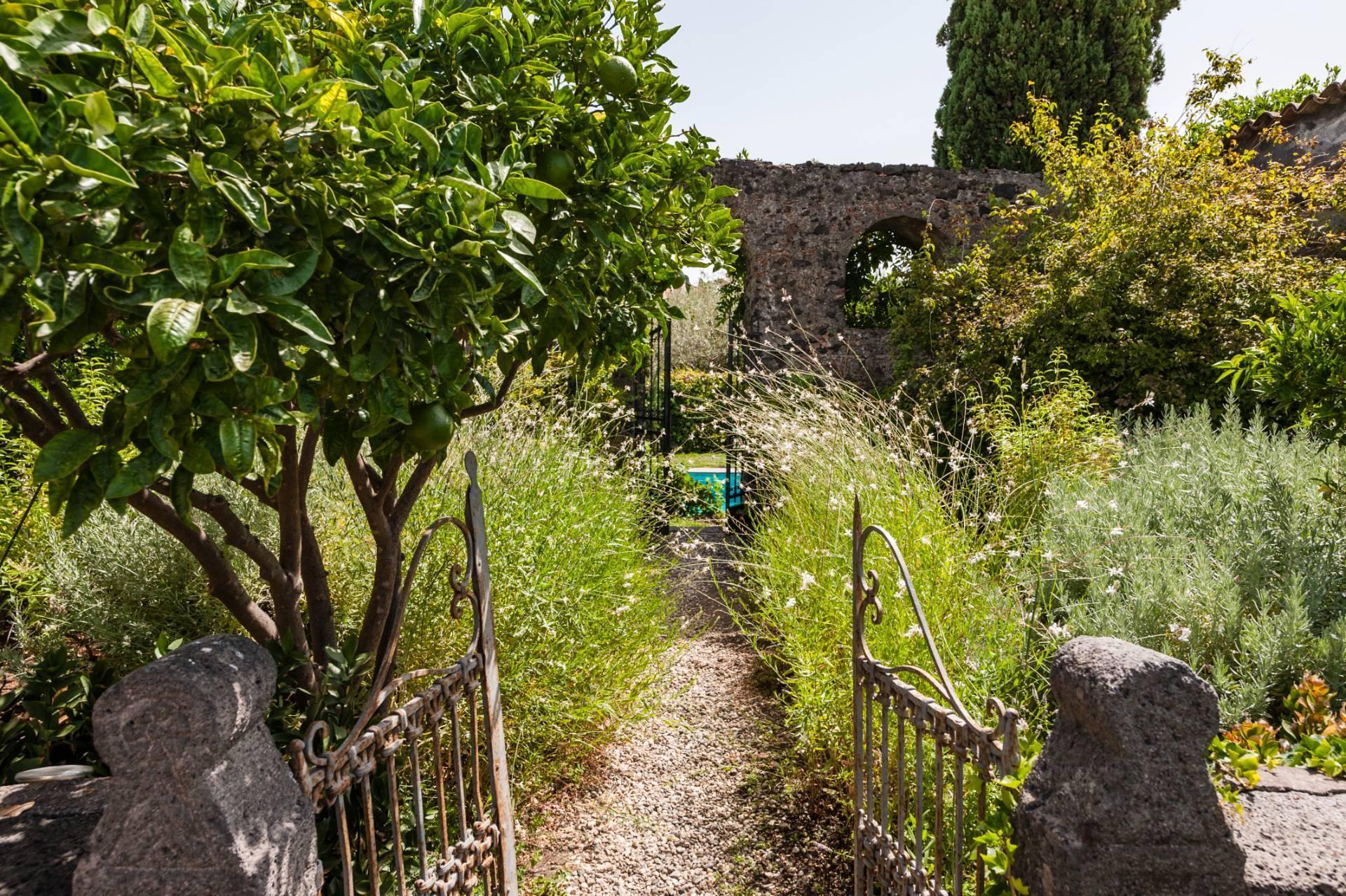 Antikes Anwesen am Fuße des Etnas - 46