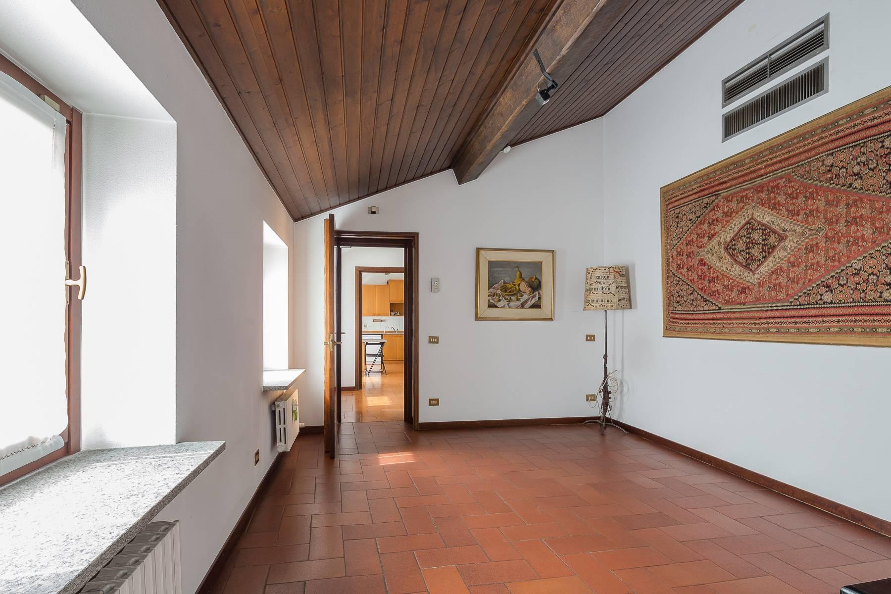 Charming penthouse with terrace a stone's throw from the Duomo - 5
