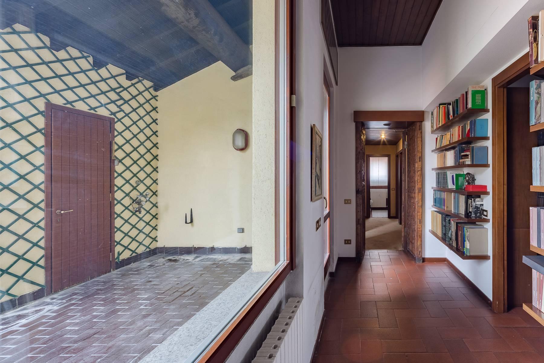 Attico di charme con terrazzo a due passi dal Duomo - 11