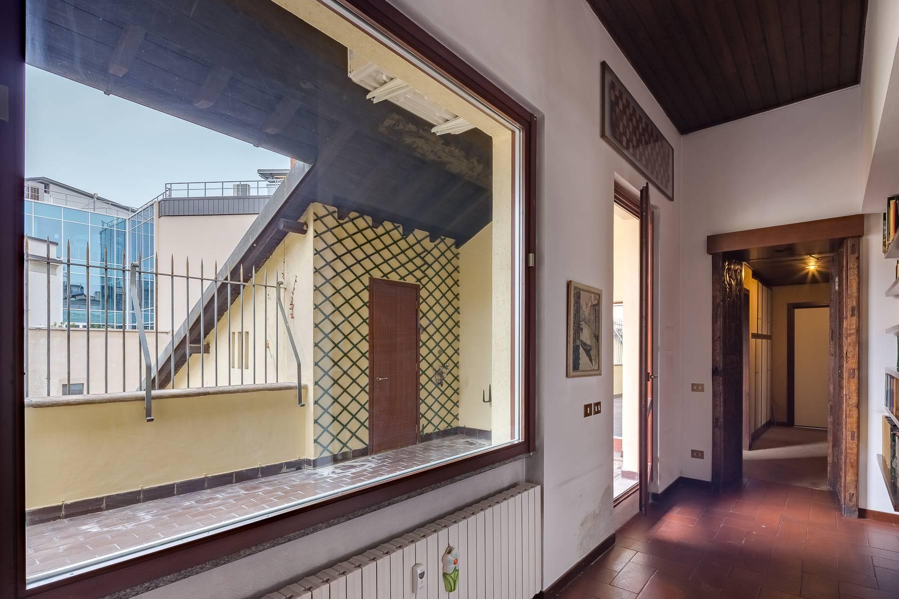 Attico di charme con terrazzo a due passi dal Duomo - 10