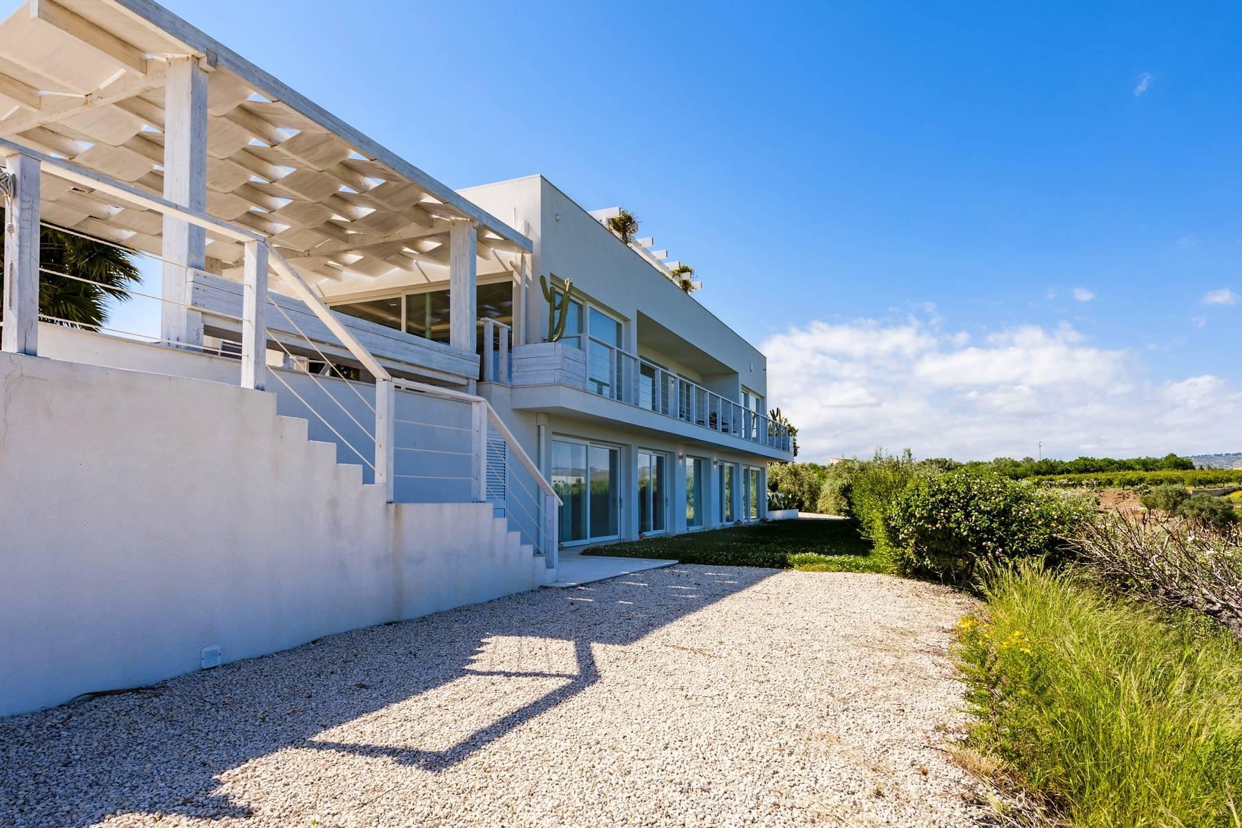 Moderne Villa mit Pool und Meerblick - 23