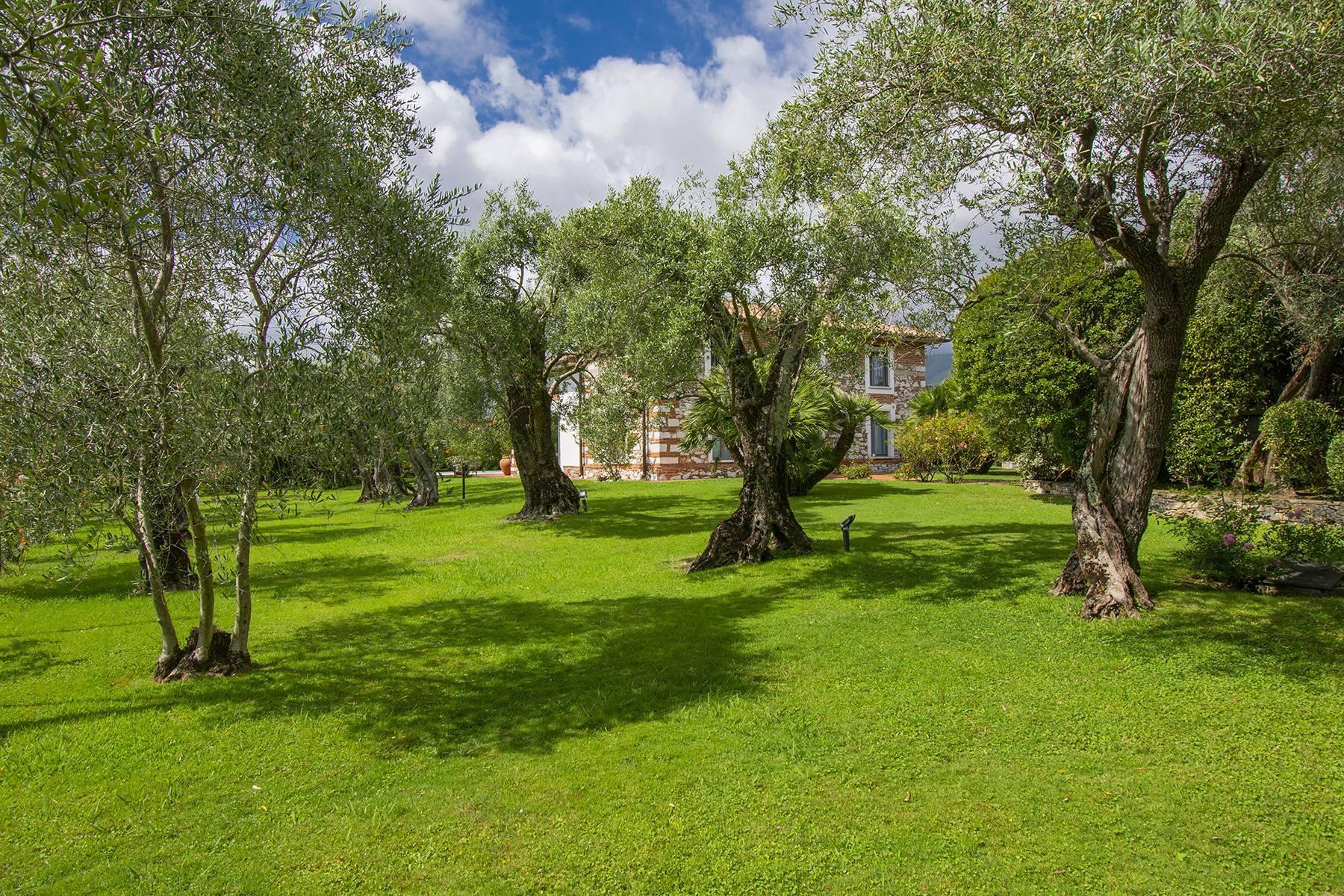 Villa with pool in Pietrasanta - 13