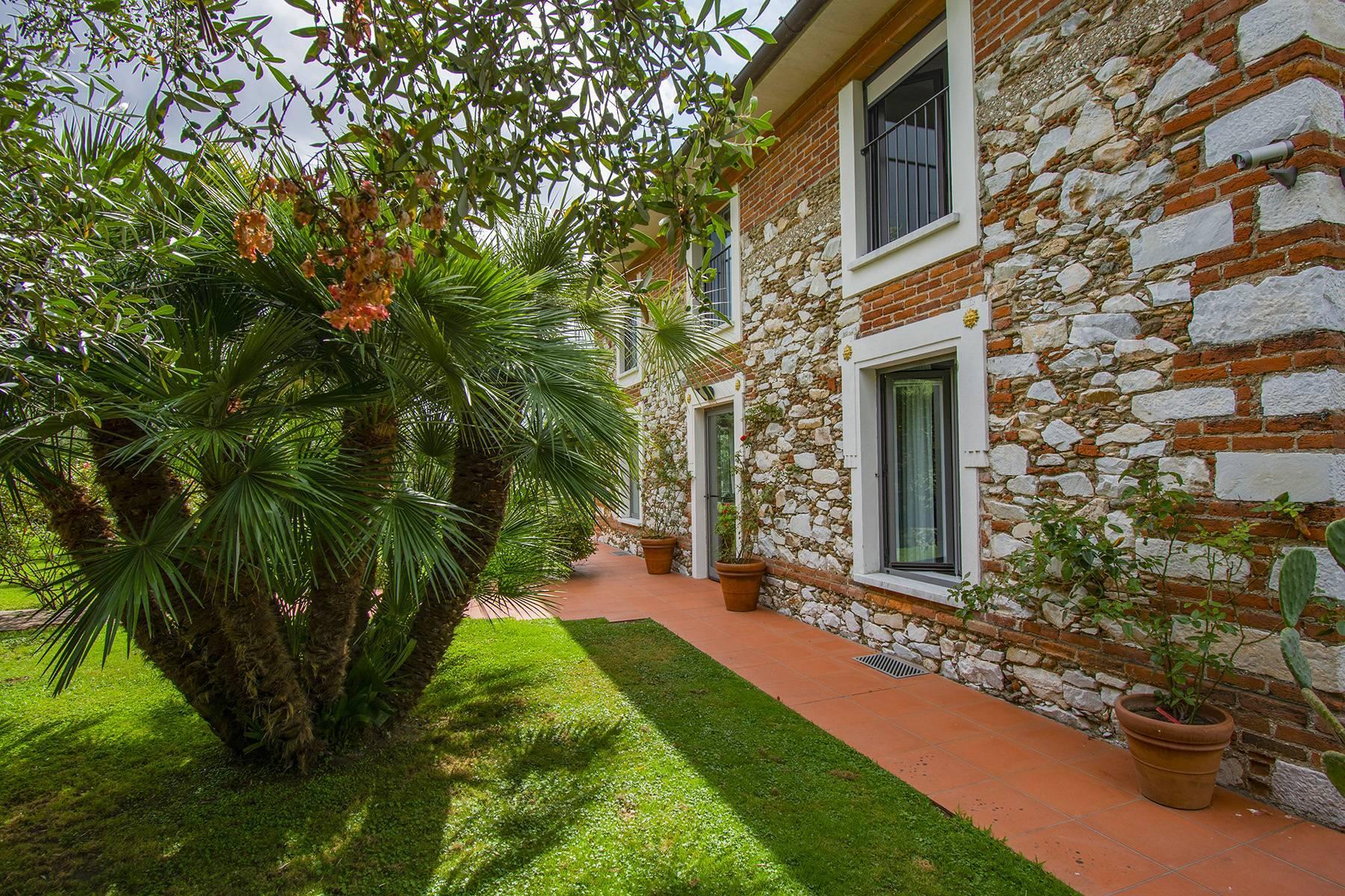 Villa with pool in Pietrasanta - 22