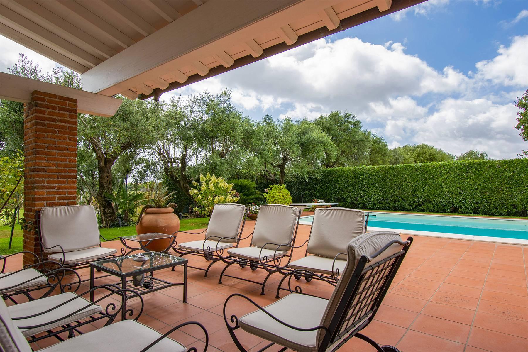 Villa with pool in Pietrasanta - 10