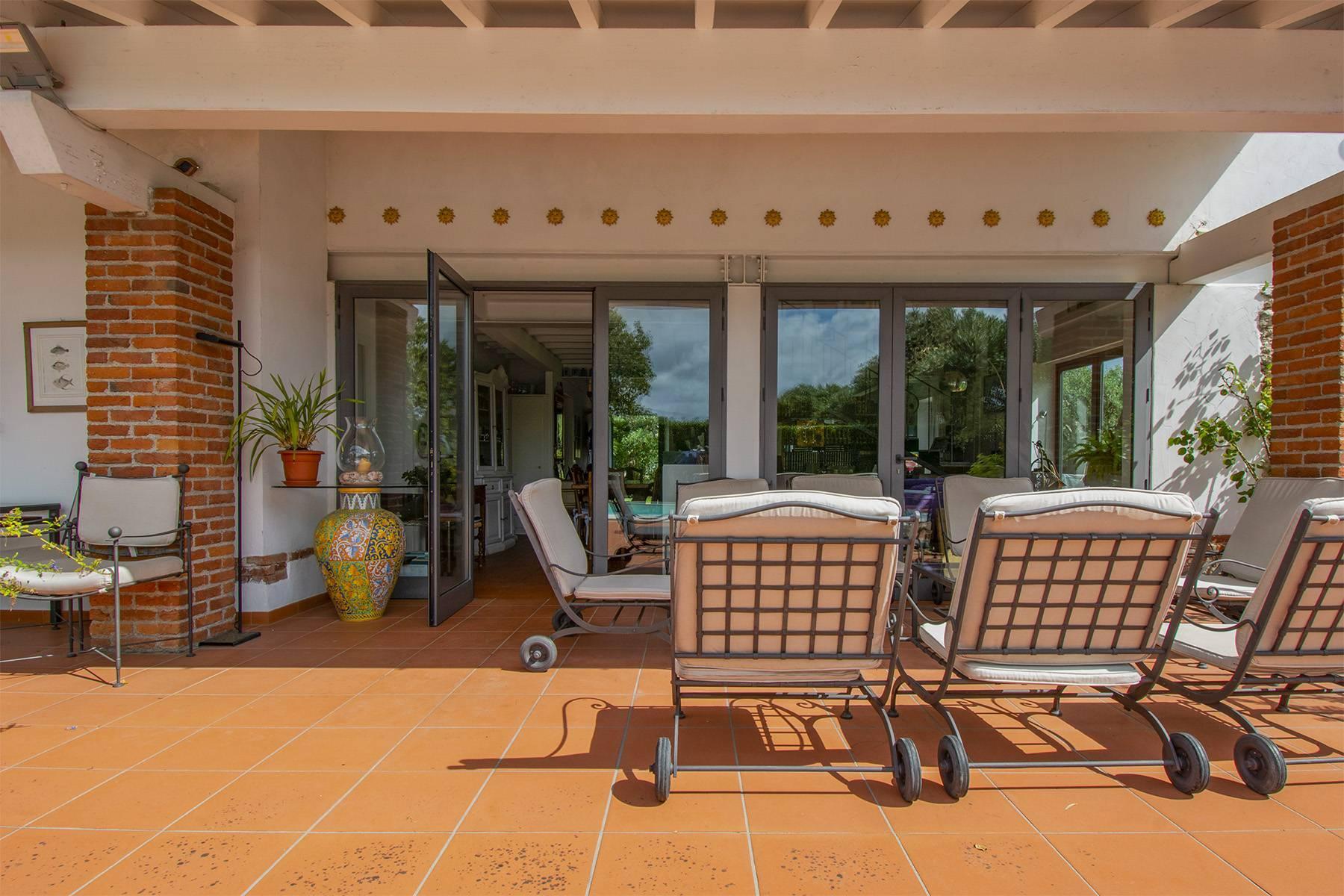 Villa with pool in Pietrasanta - 28