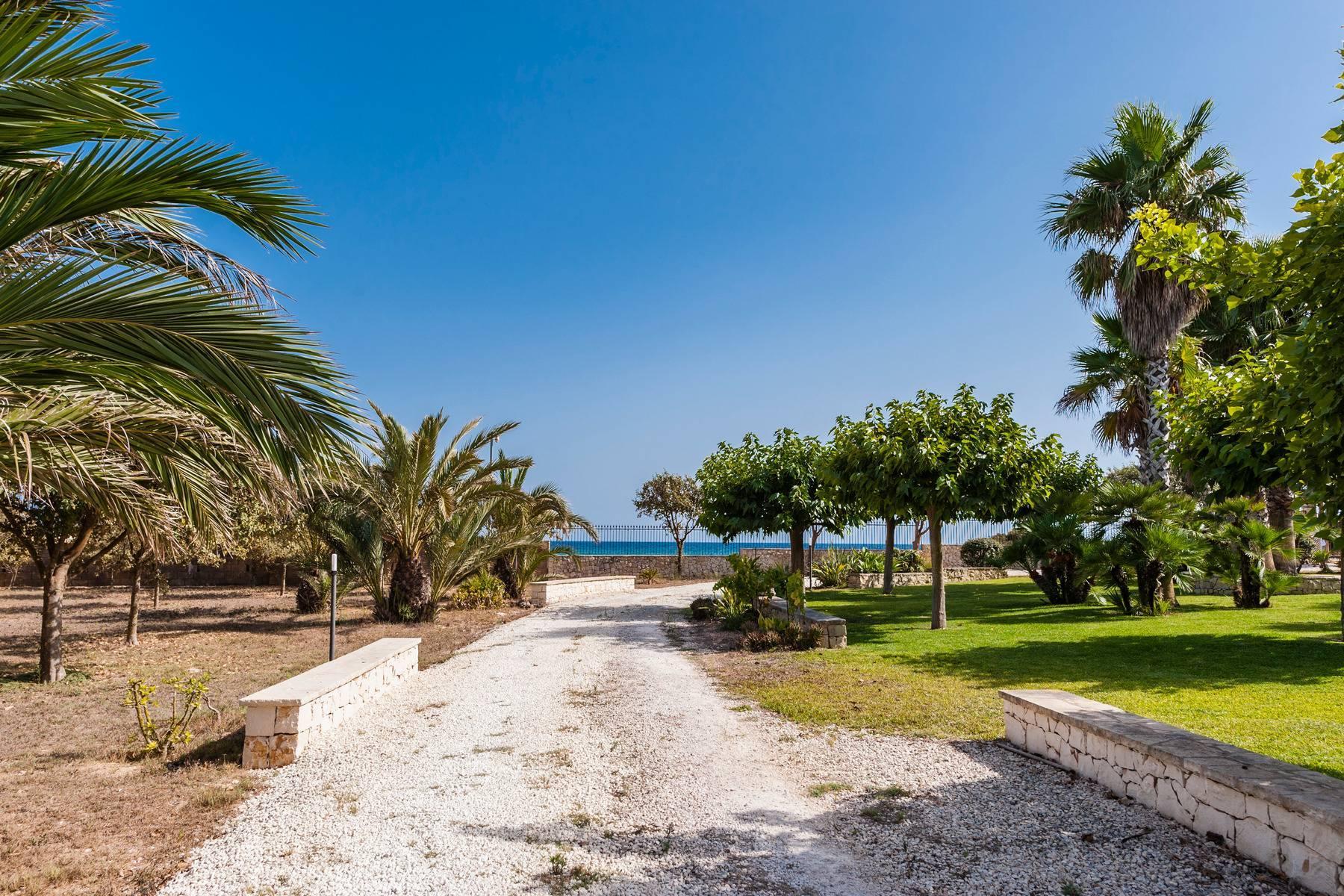 Esclusiva villa sul mare con ingresso privato in spiaggia - 32