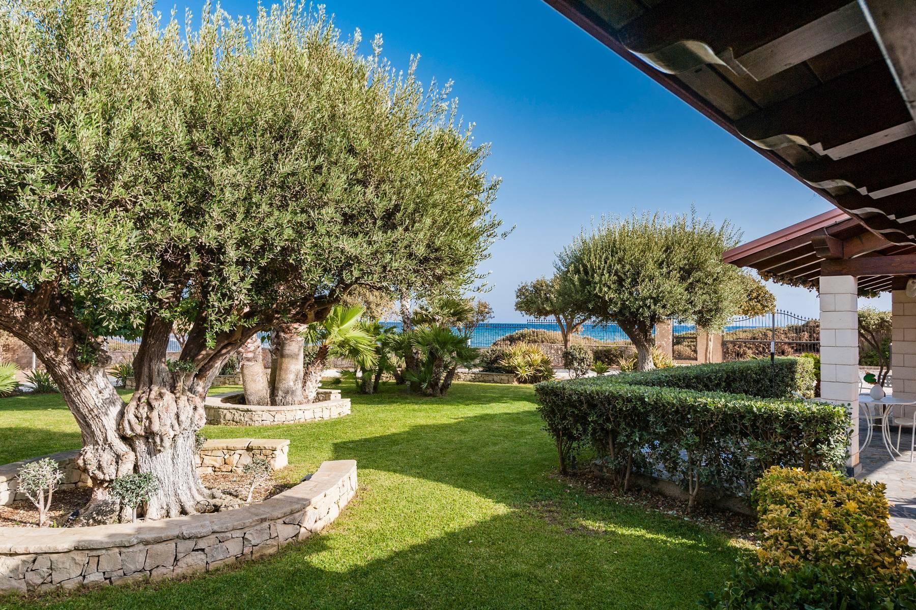 Esclusiva villa sul mare con ingresso privato in spiaggia - 17