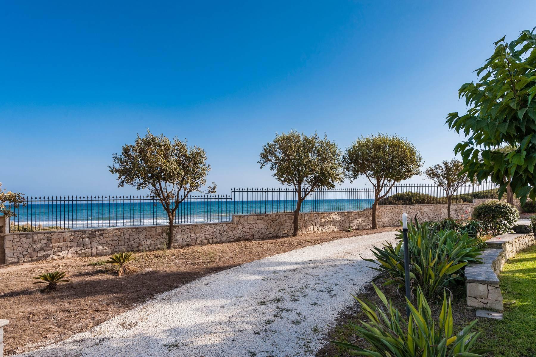 Esclusiva villa sul mare con ingresso privato in spiaggia - 25