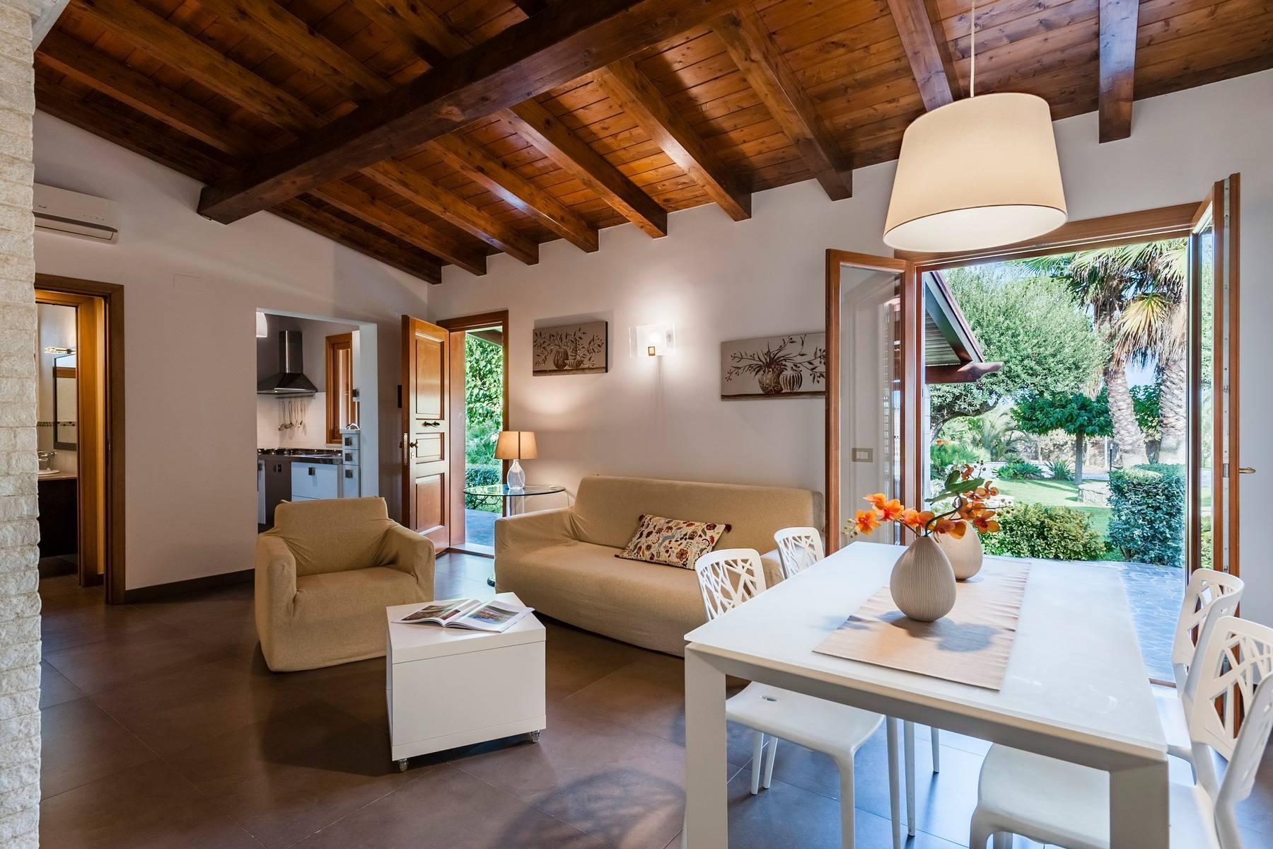 Exklusive Villa am Meer mit eigenem Zugang zum Strand - 6