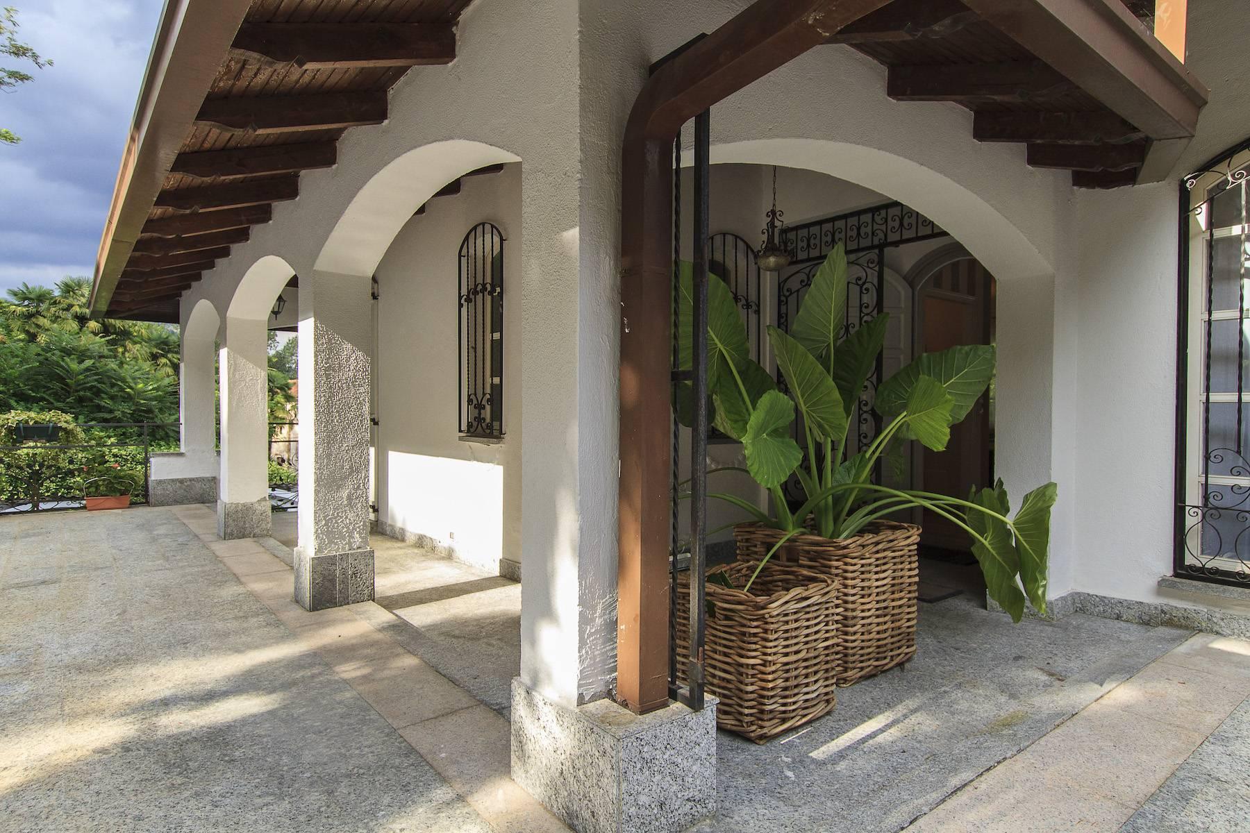 Elegante Villa am Ufer des Lago Maggiore - 8