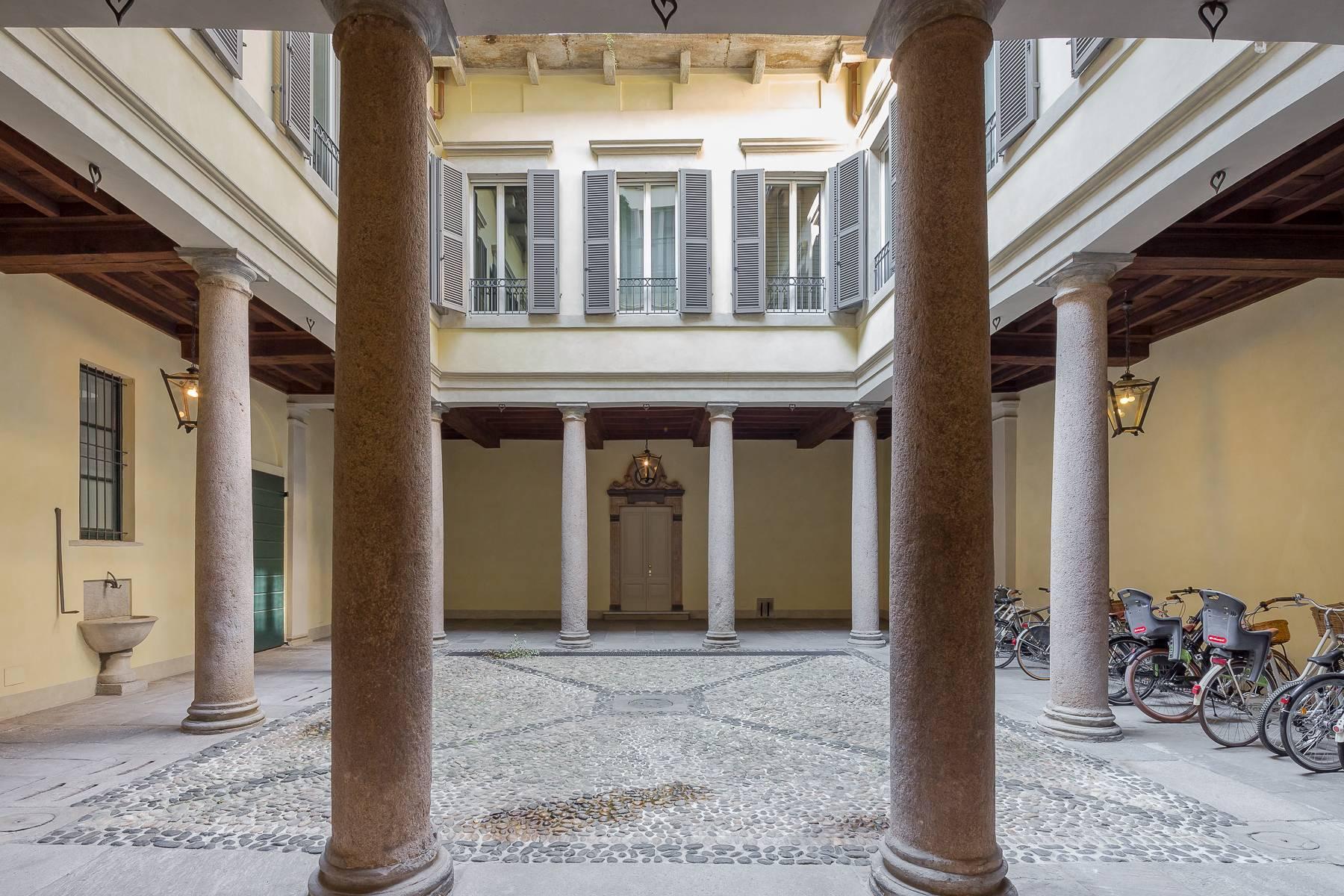 Attico di charme con terrazzino nel centro storico - 16