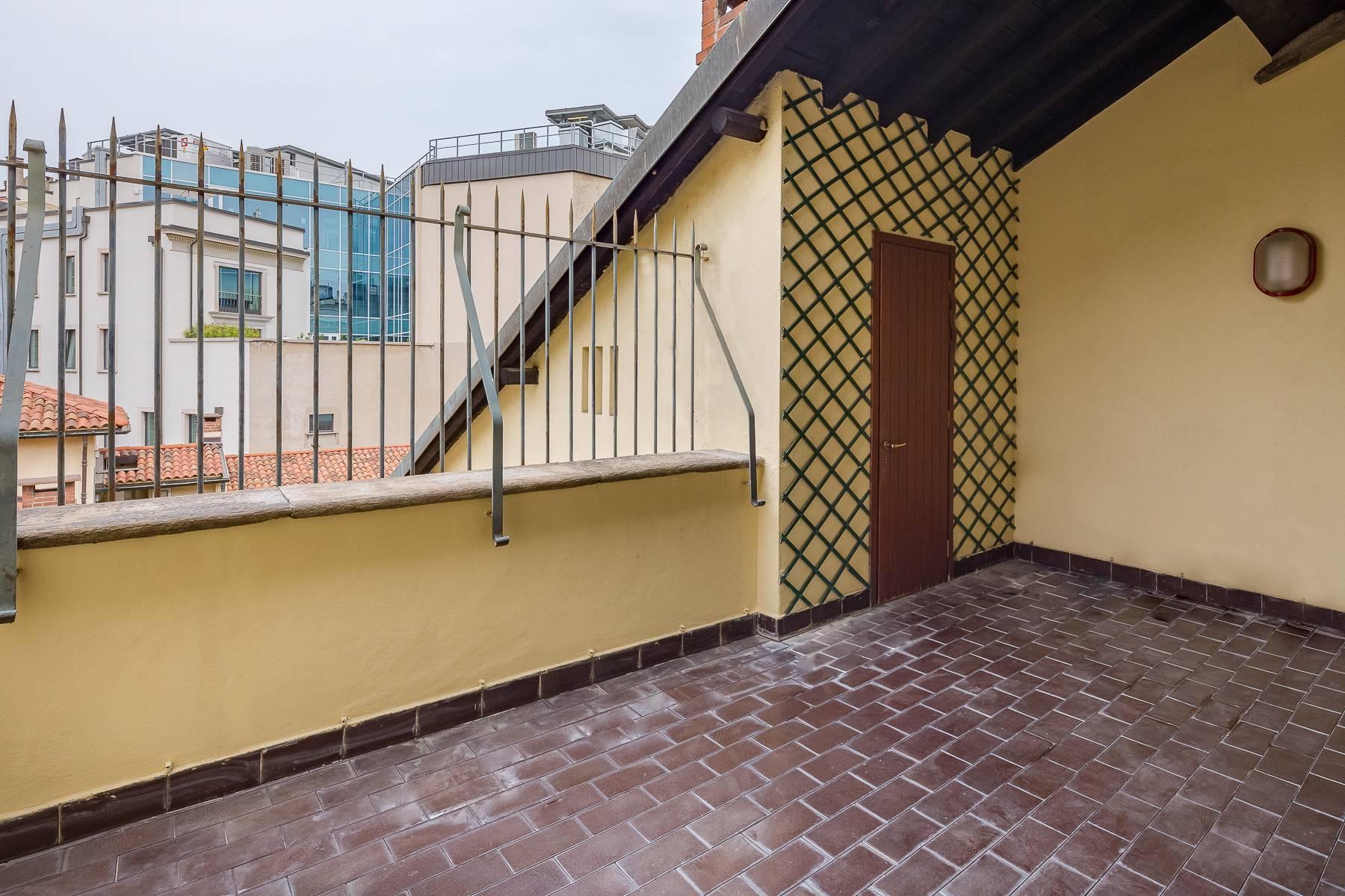 Attico di charme con terrazzo a due passi dal Duomo - 9
