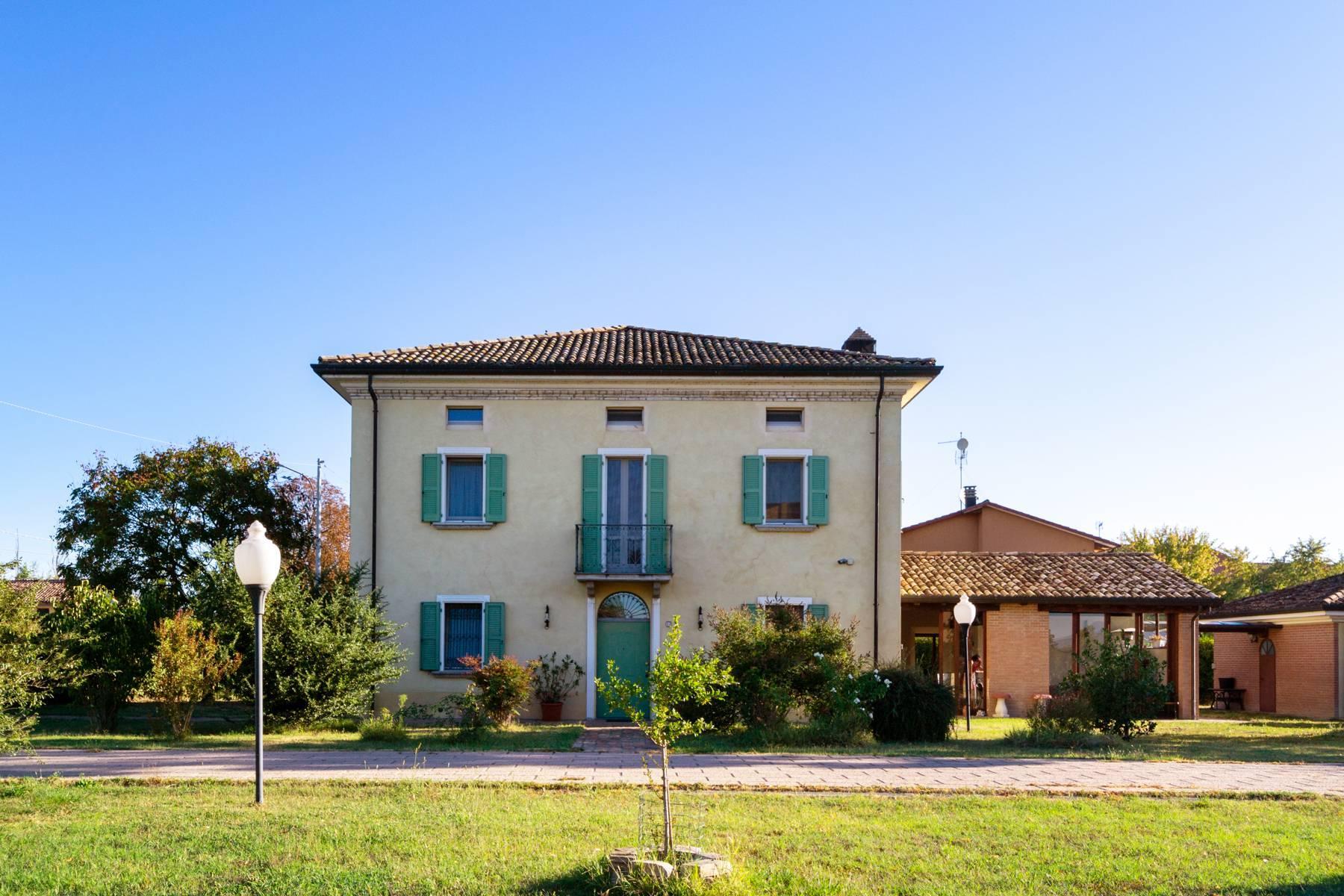 Herrenhaus auf dem Land von Fidenza - 1