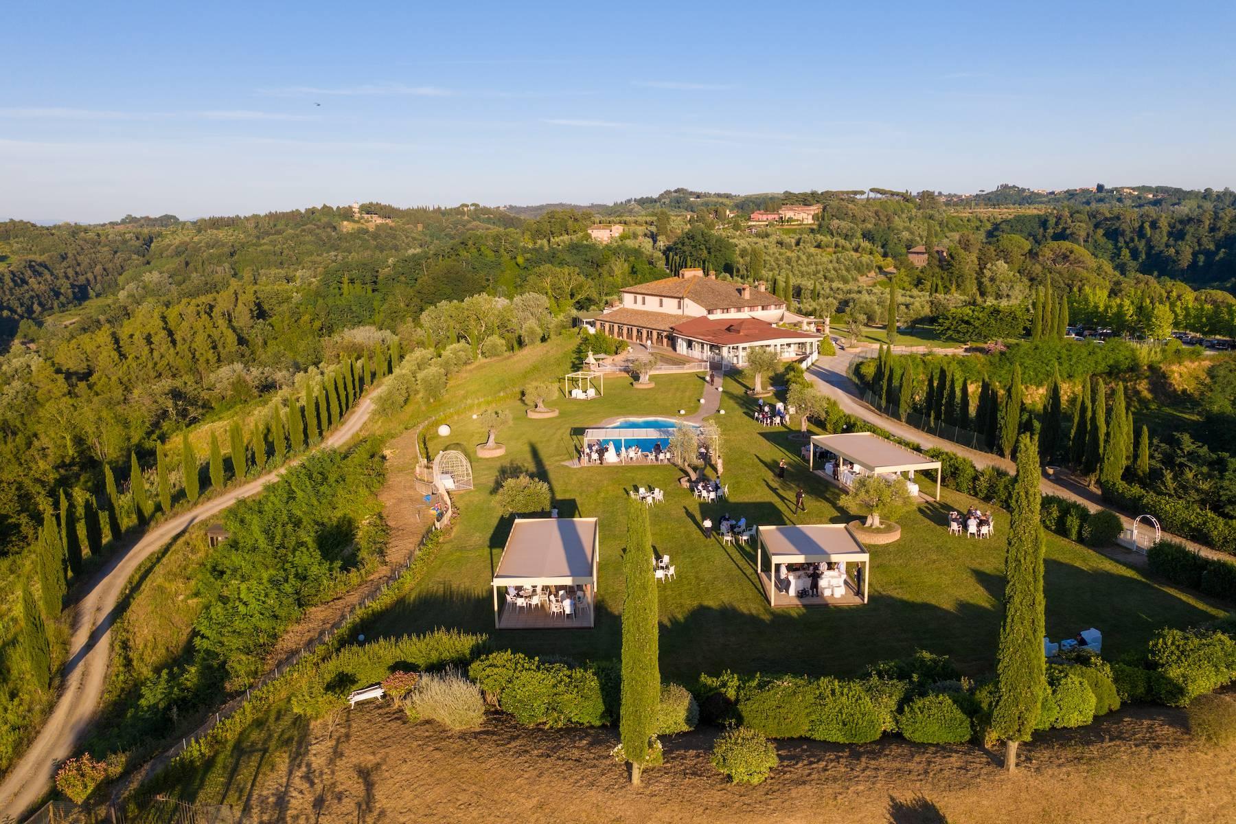 Wunderschönes Anwesen mit 202 Hektar Land im Herzen der Toskana - 2
