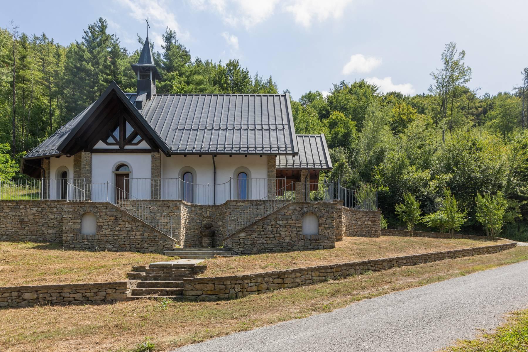 Incantevole piccolo borgo privato nelle Langhe - 21
