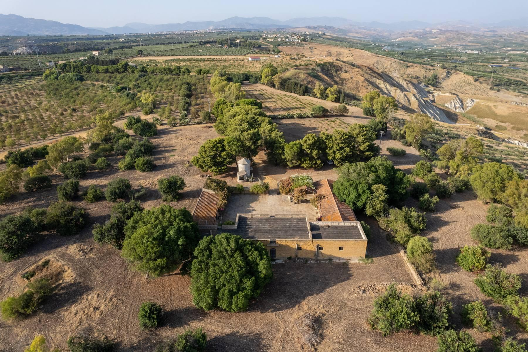 Charming farmhouse immersed in the Agrigento countryside - 6