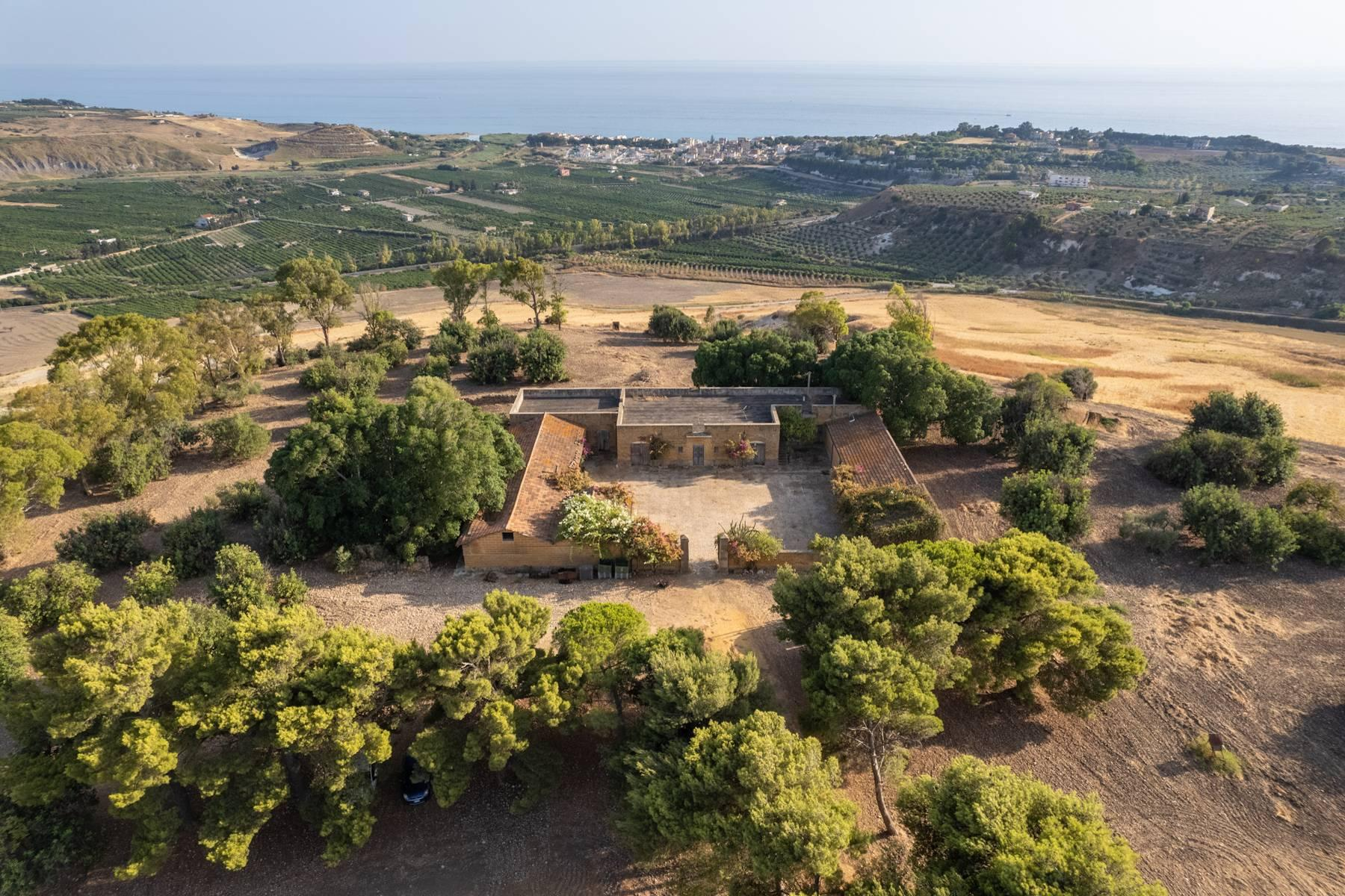 Charming farmhouse immersed in the Agrigento countryside - 17