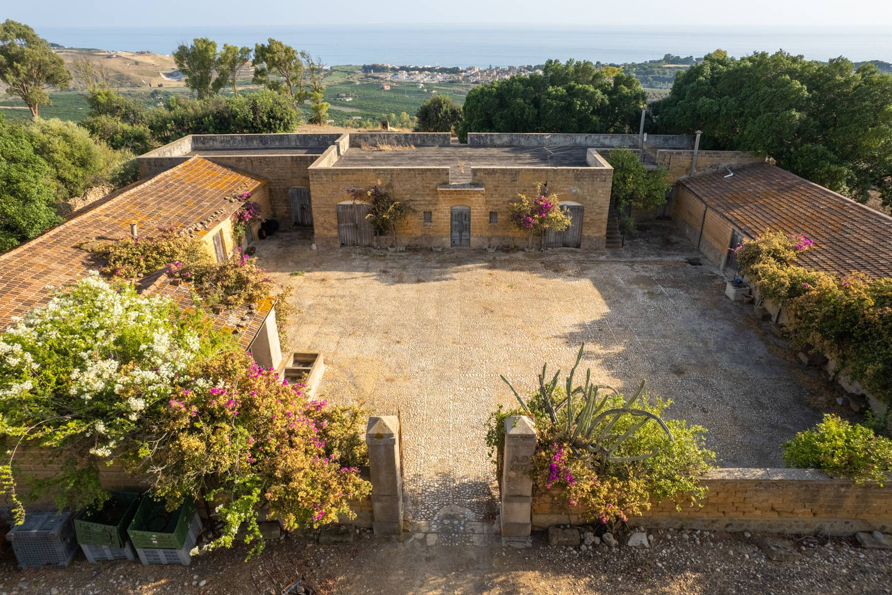 Charming farmhouse immersed in the Agrigento countryside - 3