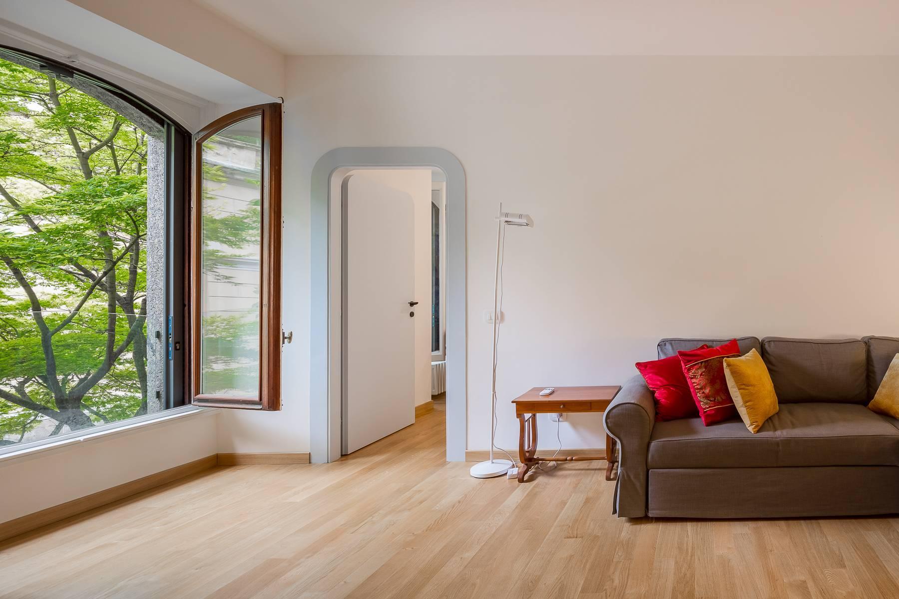 Renovierte Wohnung im eleganten antiken Gebäude - 10