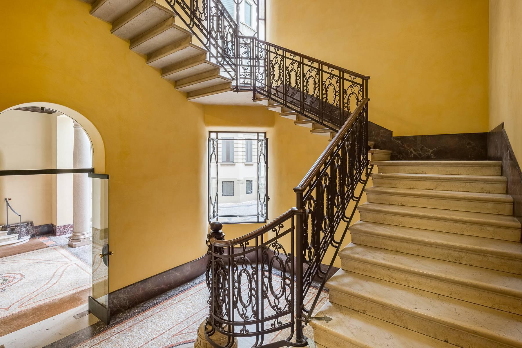 Renovierte Wohnung im eleganten antiken Gebäude - 17
