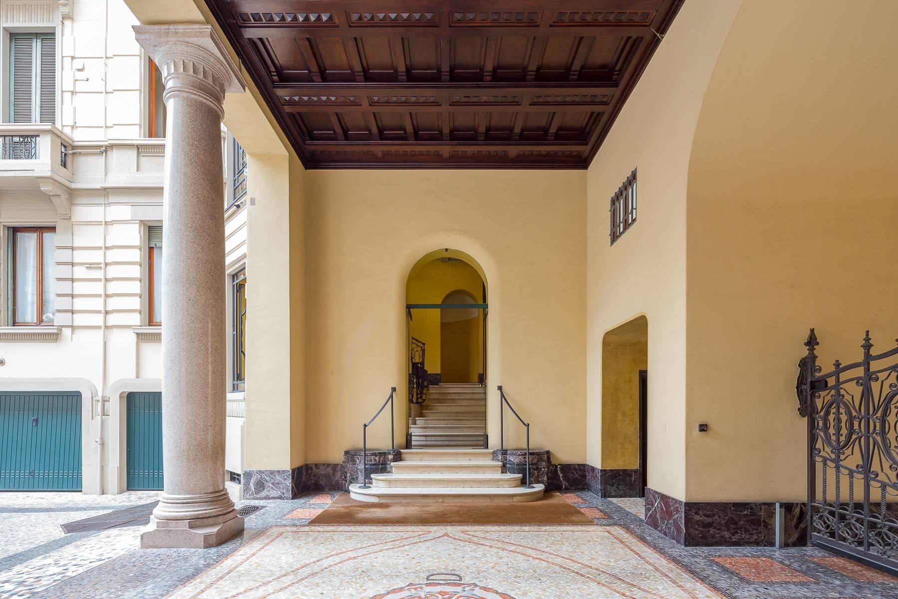 Renovierte Wohnung im eleganten antiken Gebäude - 19