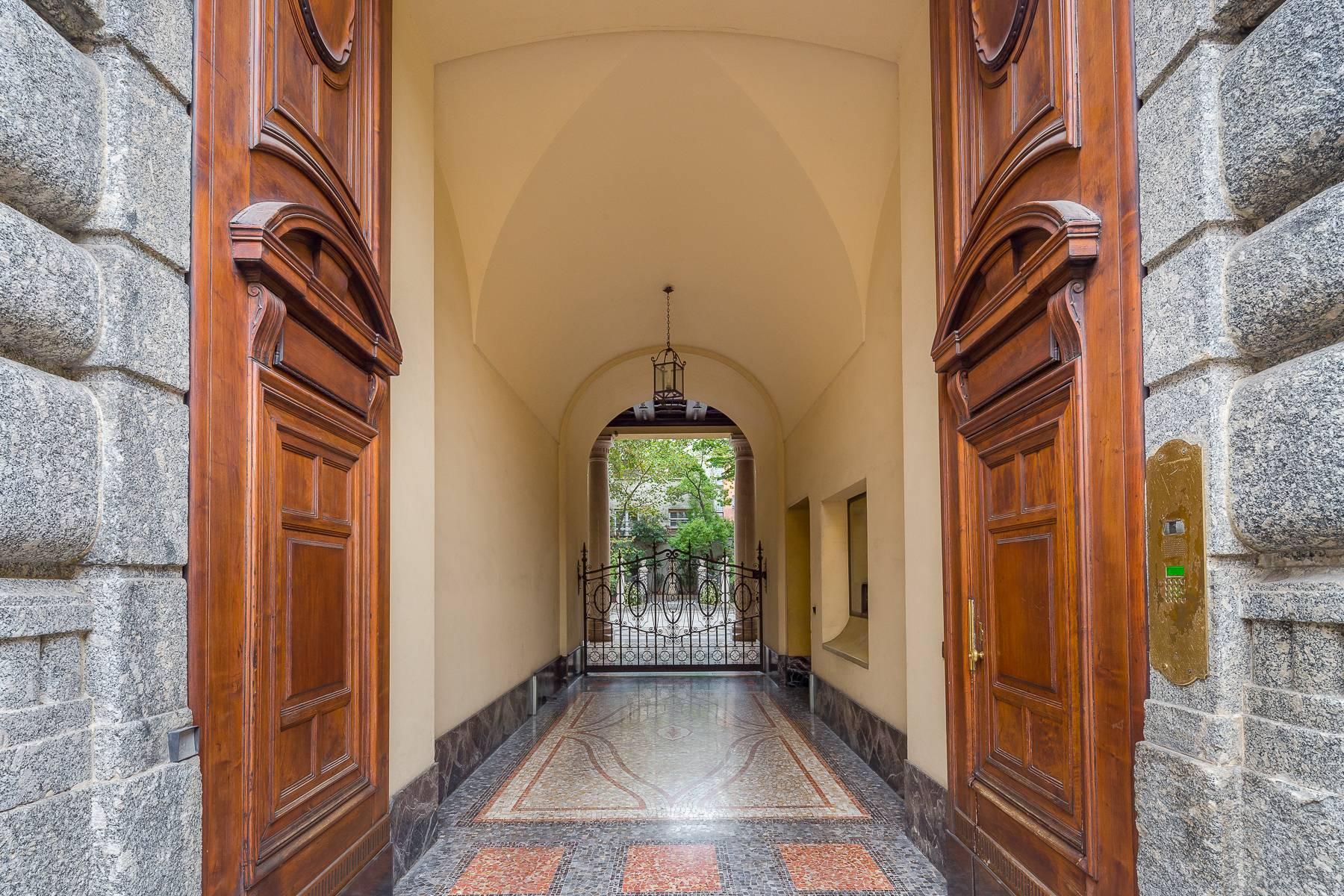 Renovierte Wohnung im eleganten antiken Gebäude - 21