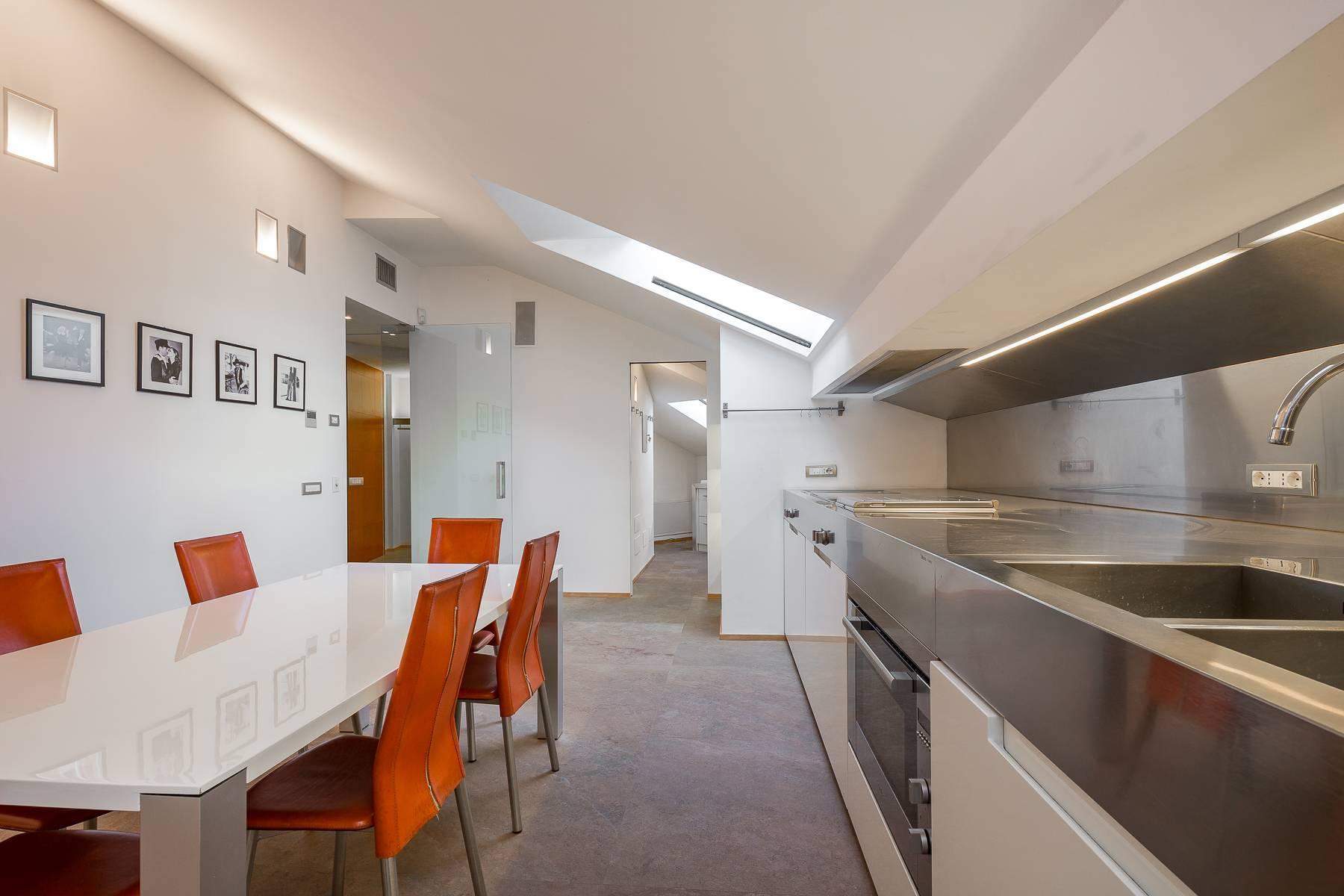 Prestigious penthouse in Piazza Mondadori of 500 square meters - 21