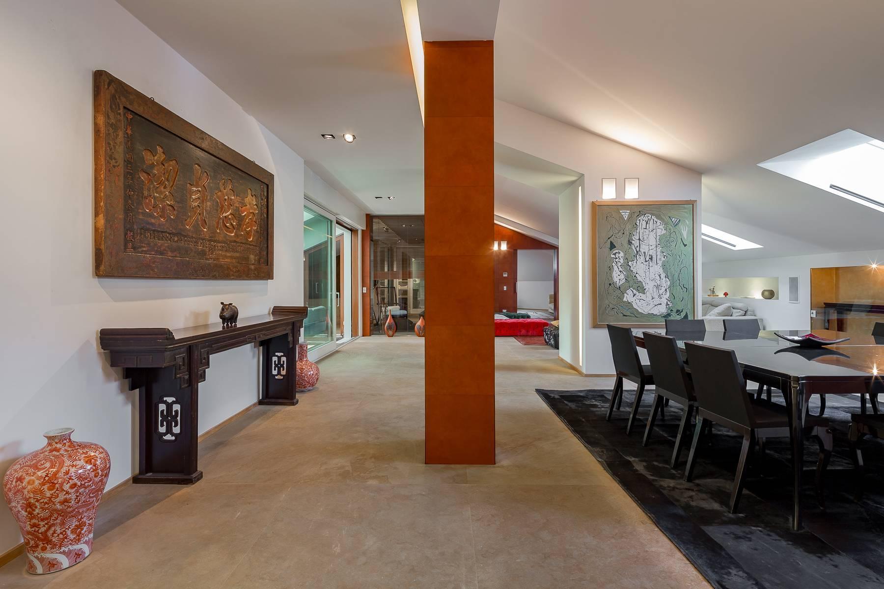 Prestigious penthouse in Piazza Mondadori of 500 square meters - 15