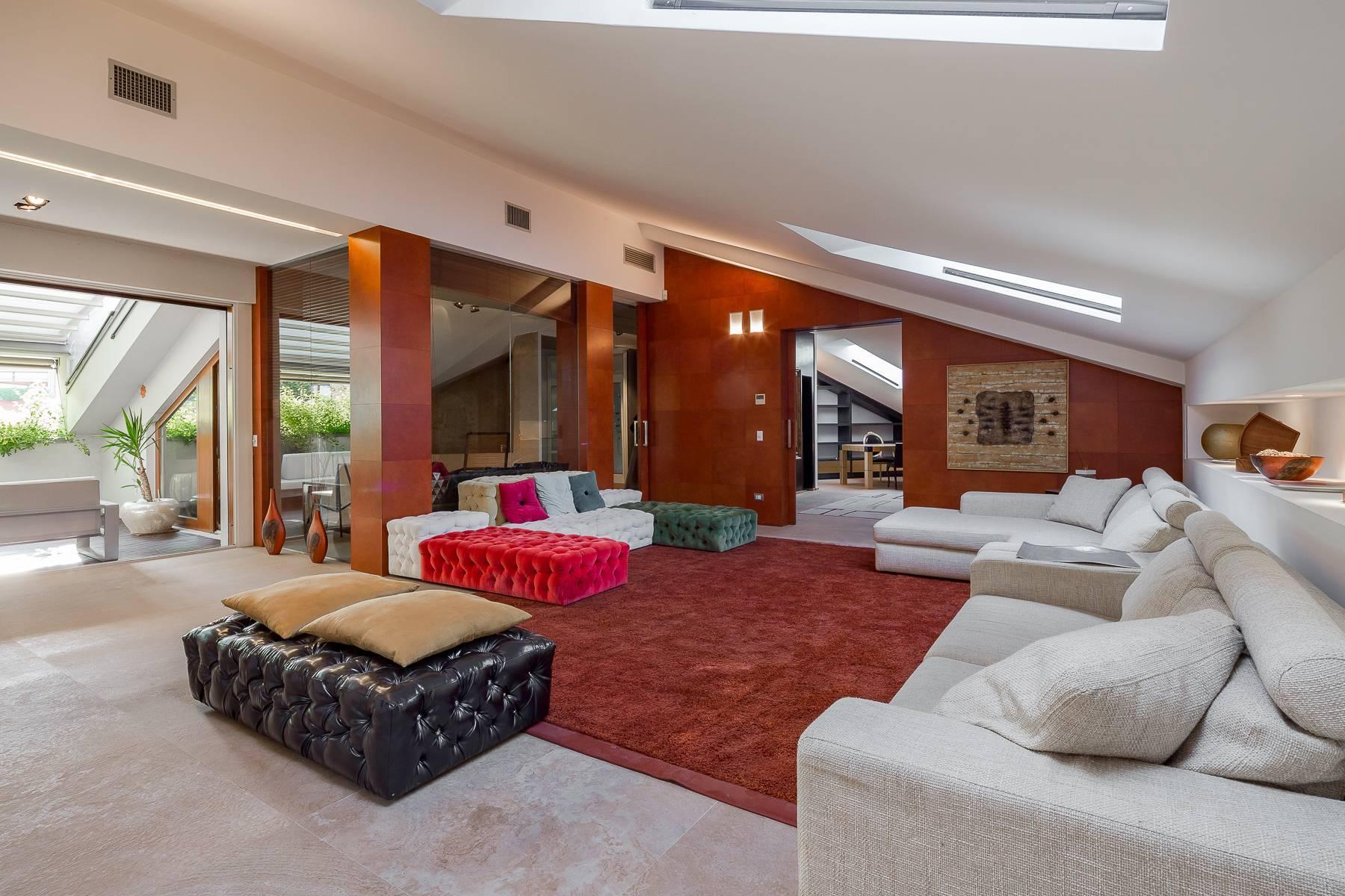 Herrliche 500 sqm Penthouse auf dem Piazza Mondadori - 7