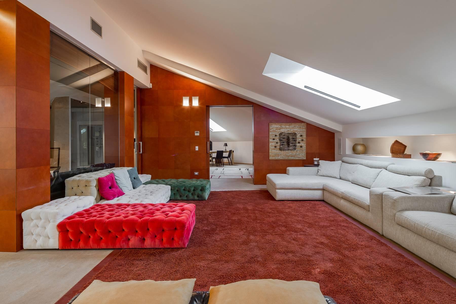 Herrliche 500 sqm Penthouse auf dem Piazza Mondadori - 4