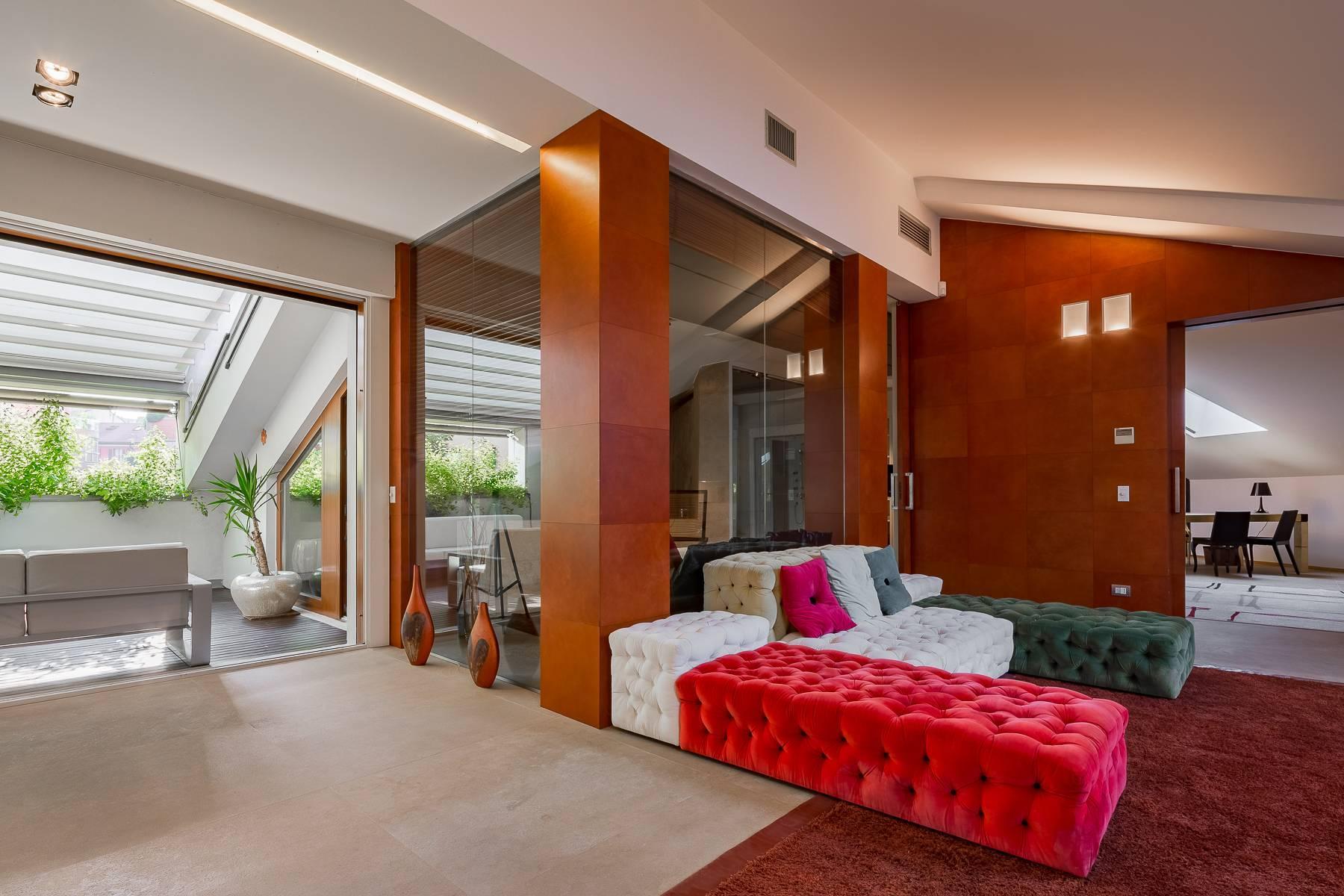 Herrliche 500 sqm Penthouse auf dem Piazza Mondadori - 8