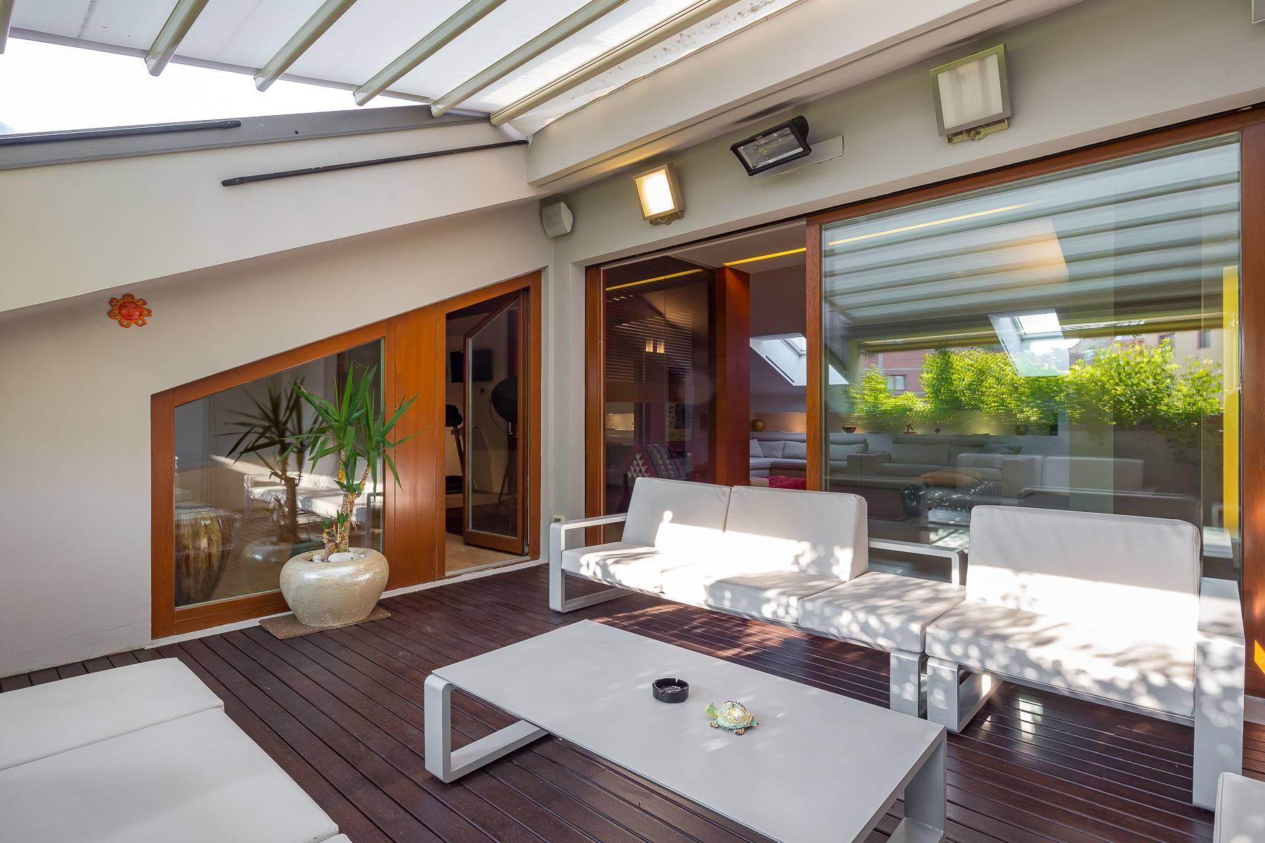 Prestigious penthouse in Piazza Mondadori of 500 square meters - 9