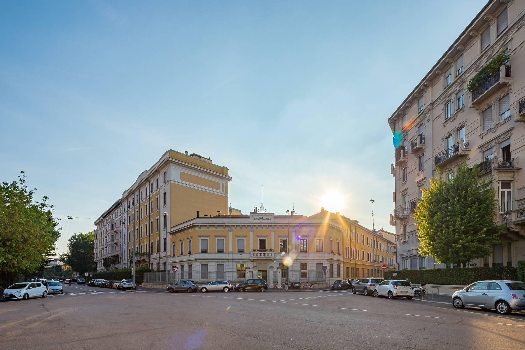 Prestigious penthouse in Piazza Mondadori of 500 square meters - 37
