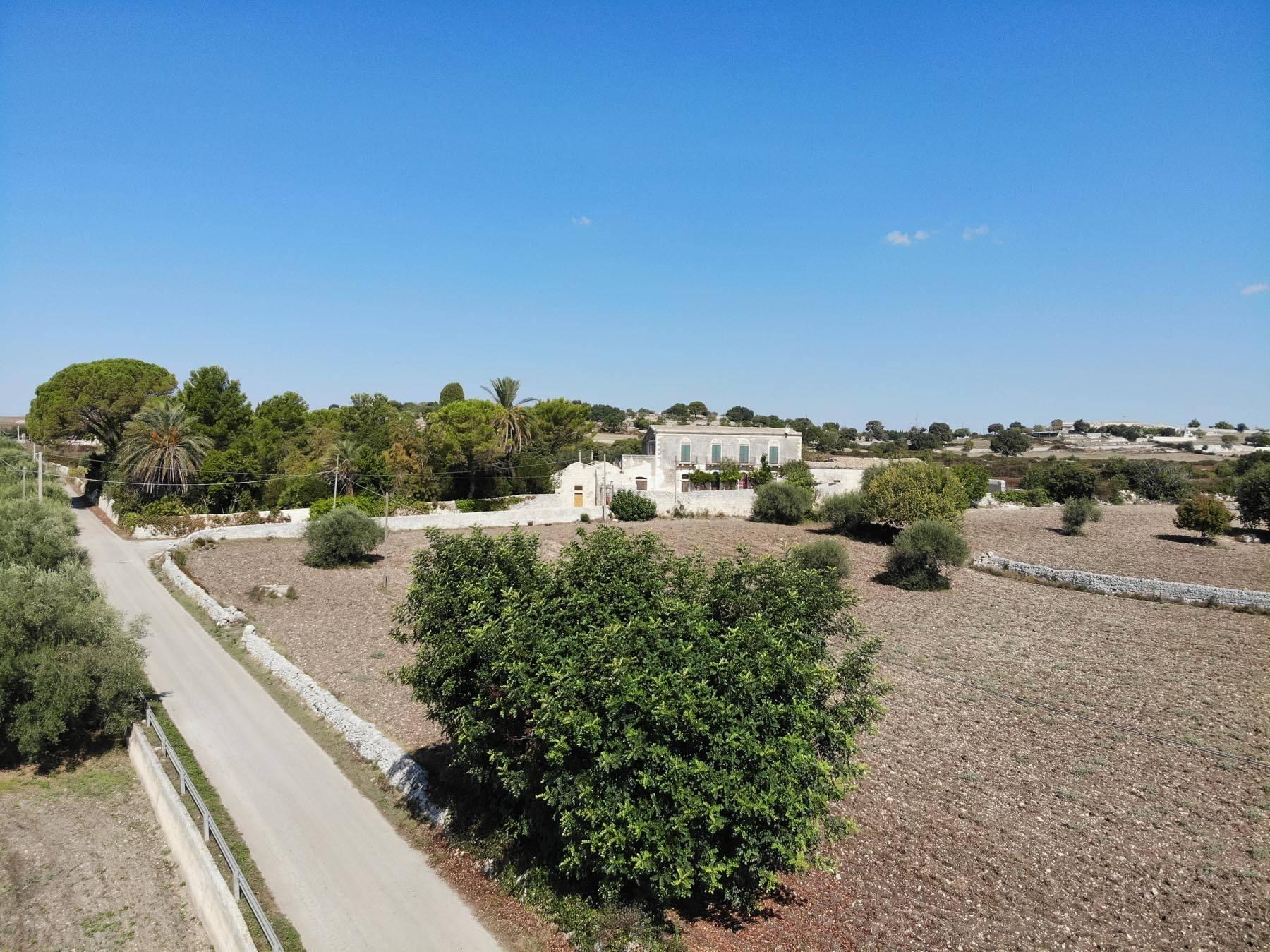 Storica Villa di campagna a Ragusa - 19